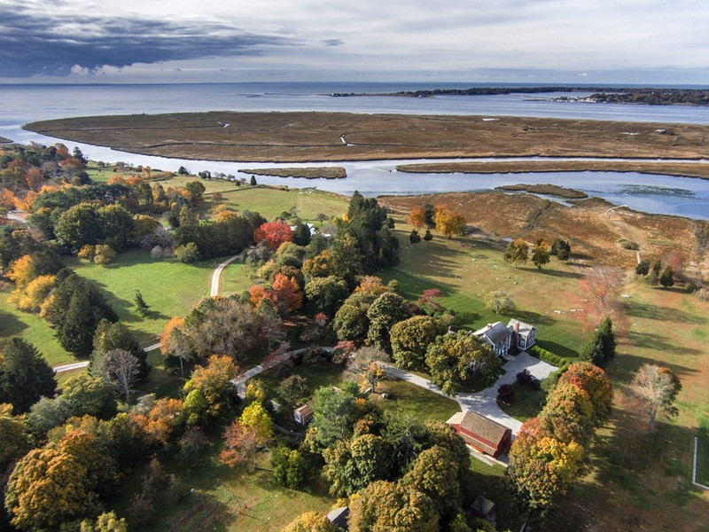 "Vivienda unifamiliar por un Venta en ""Tidelands"" A Remarkable Country Estate 15 Smiths Neck Road Old Lyme, Connecticut 06371 Estados Unidos"