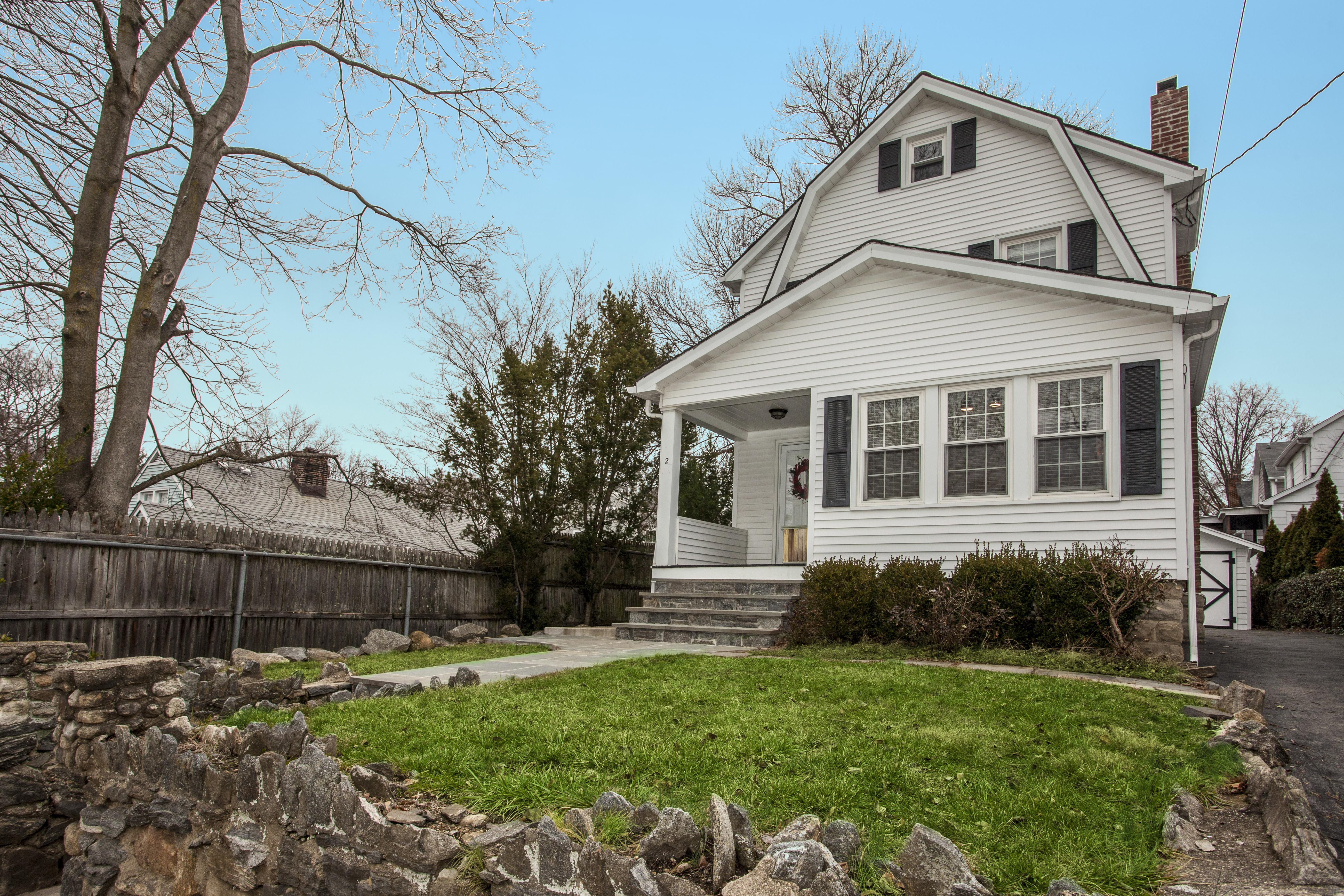 一戸建て のために 売買 アット Charming Colonial 2 York Avenue Rye, ニューヨーク, 10580 アメリカ合衆国