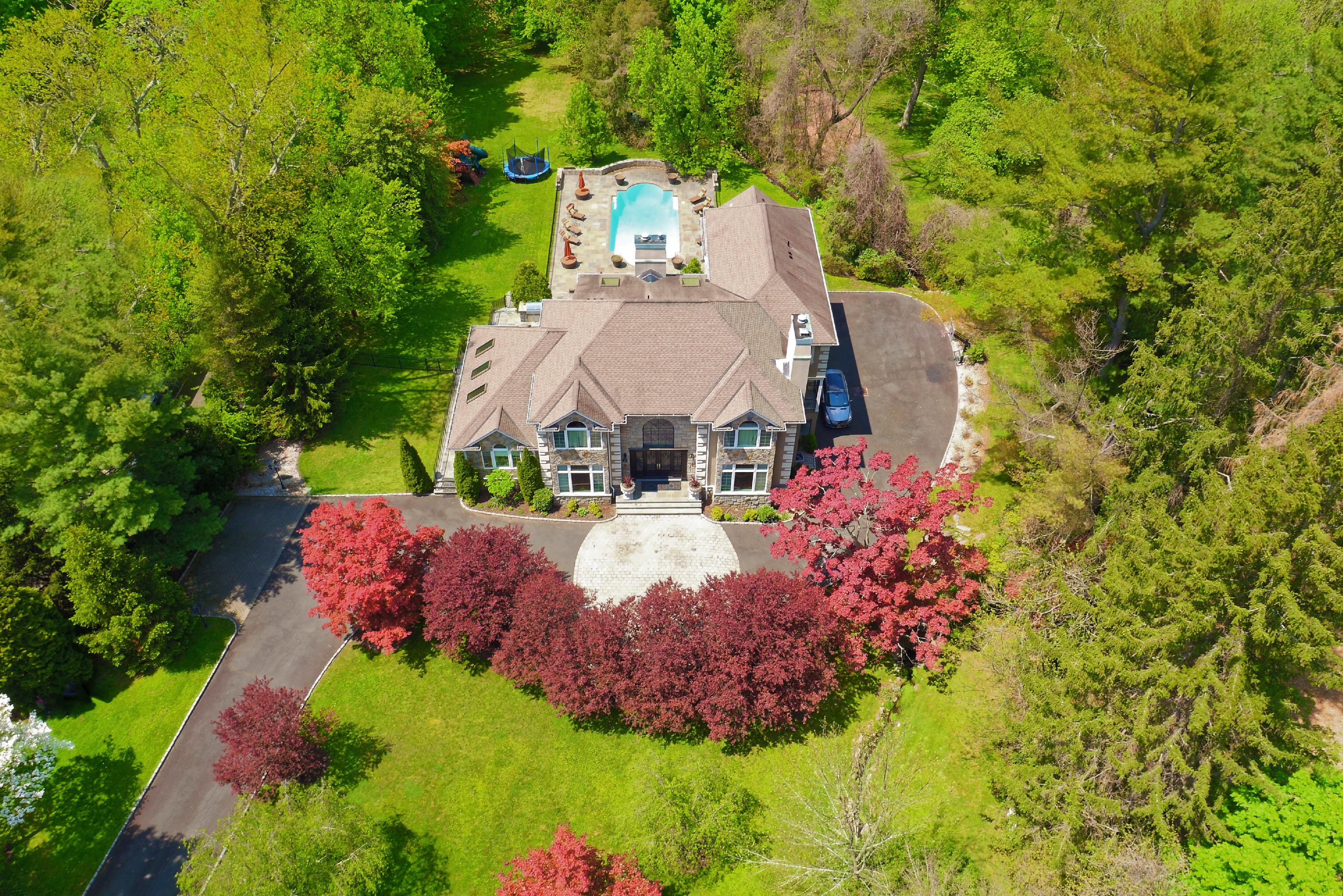sales property at 72 Pleasant Ridge Road