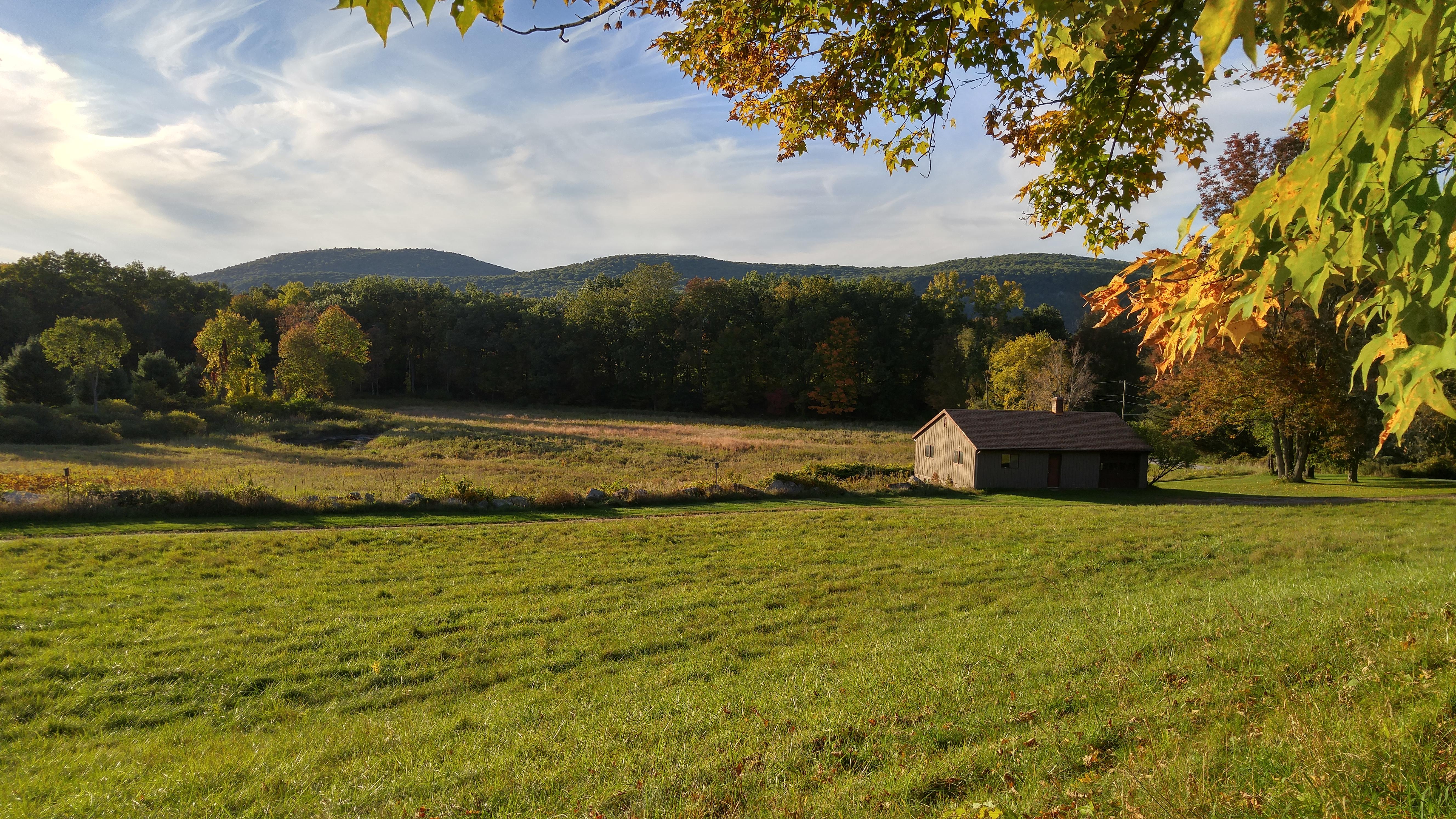 Maison unifamiliale pour l Vente à Stunning Western Views 30 Halls Kent, Connecticut 06757 États-Unis