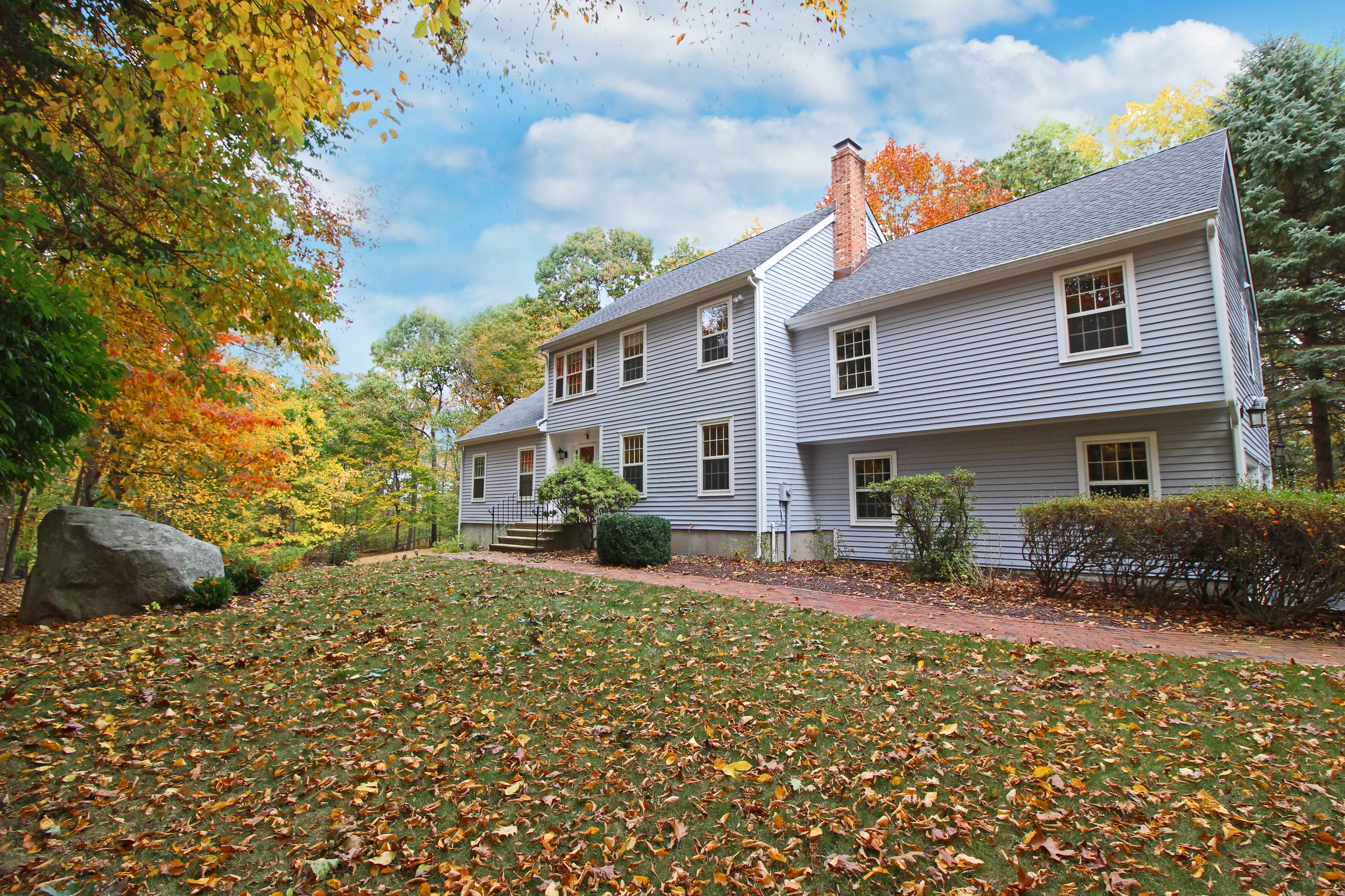 Single Family Home for Sale at Serenity and Transfixing Beauty 14 Indian Rock Place Wilton, Connecticut, 06897 United States