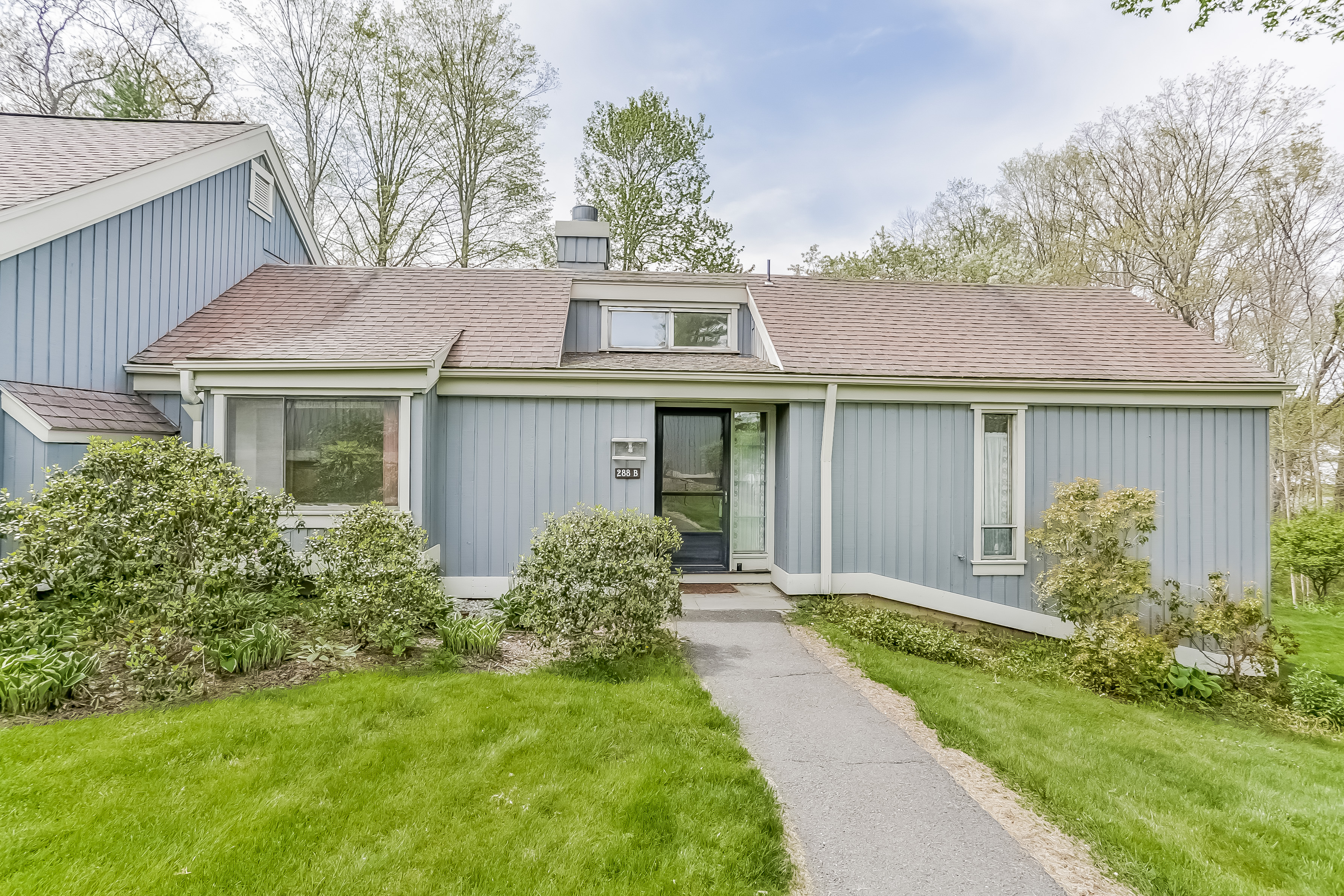 Single Family Home for Sale at Scenic Cul-De-Sac 288 Heritage Village B Southbury, Connecticut, 06488 United States