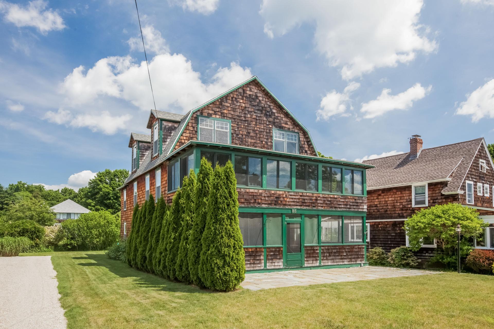 Casa Unifamiliar por un Venta en 85 Hartford Ave Madison, Connecticut, 06443 Estados Unidos