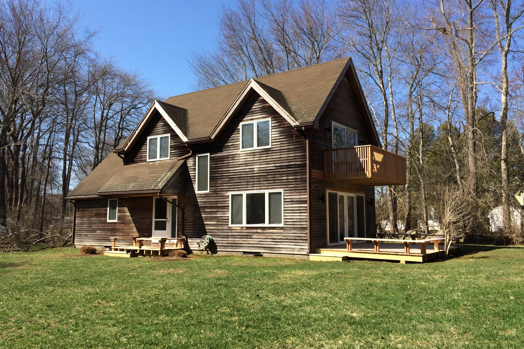 Single Family Home for Sale at In The Heart of Old Black Point 14 Francis Ln East Lyme, Connecticut 06357 United States