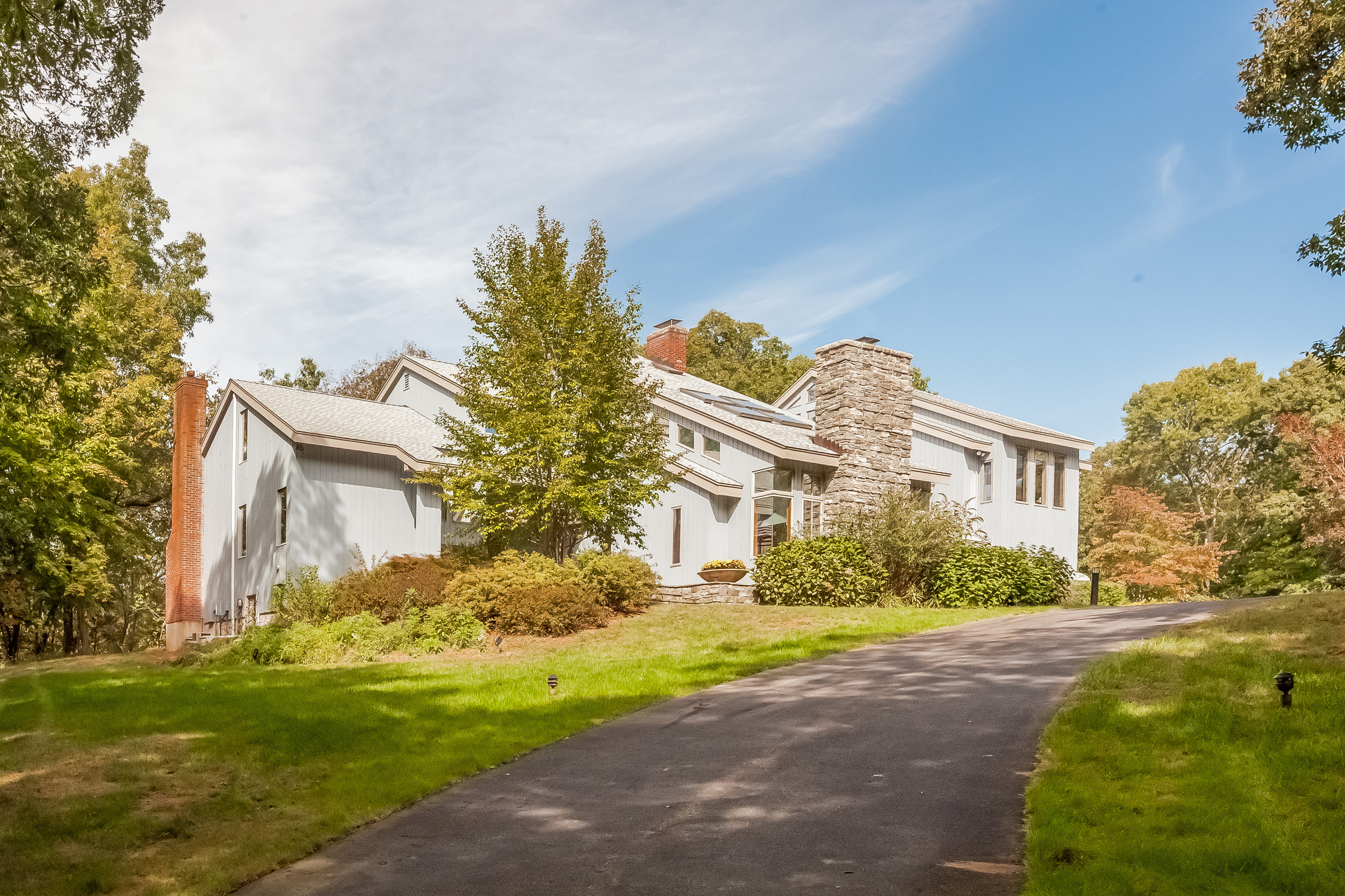 Single Family Home for Sale at 1701 Moose Hill Rd Guilford, Connecticut, 06437 United States