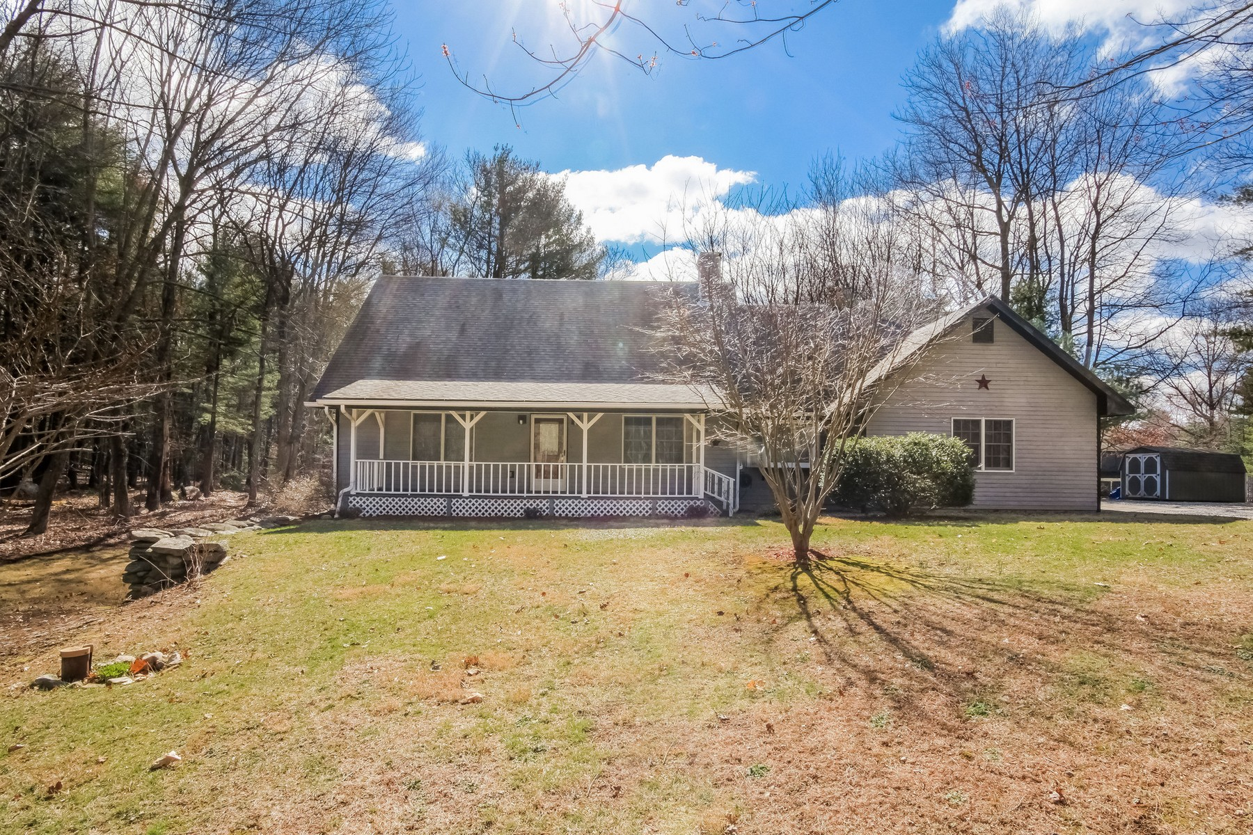 Single Family Home for Sale at Live country and comfort with plenty of privacy 437 Brooklyn Rd Canterbury, Connecticut, 06331 United States
