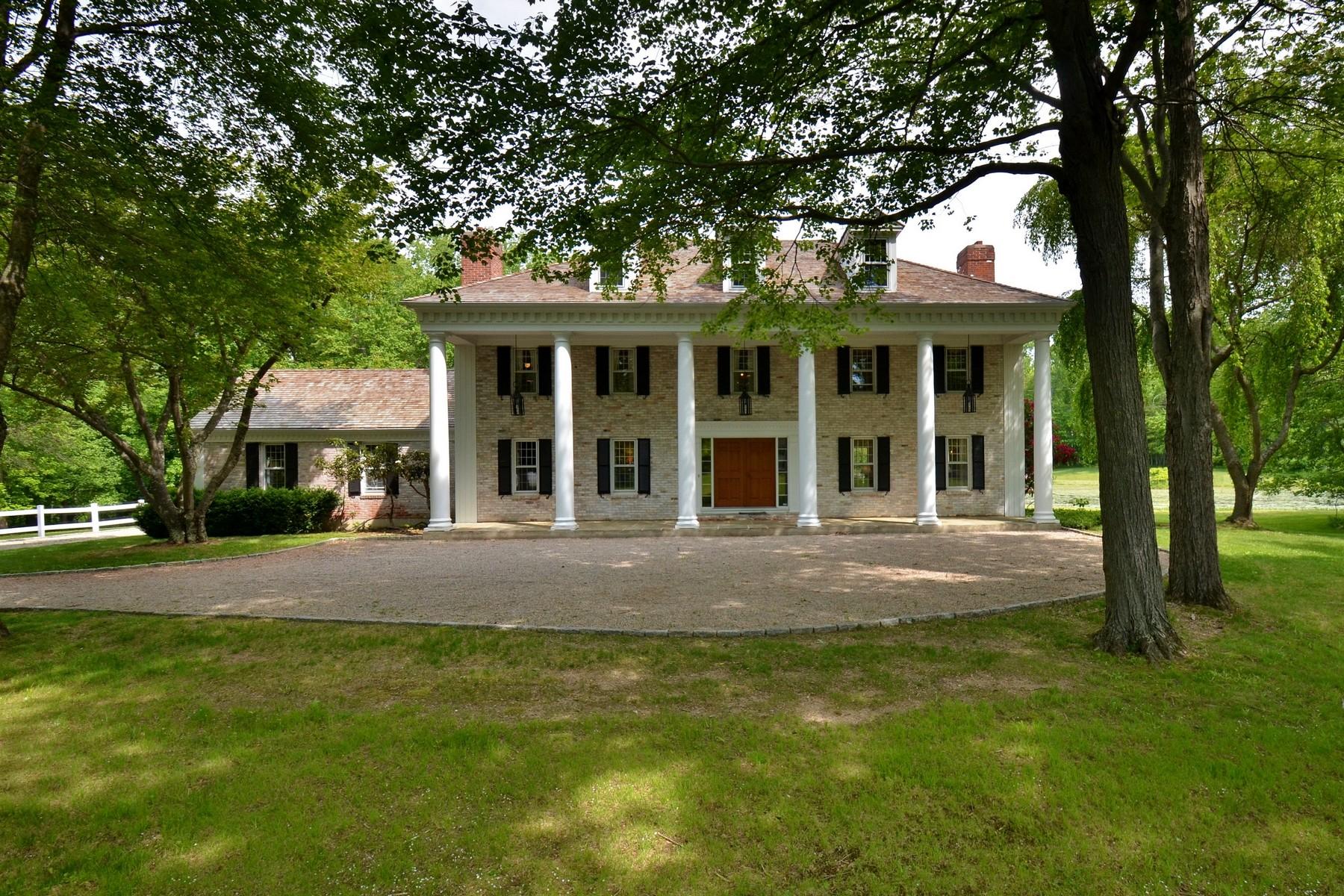 Nhà ở một gia đình vì Bán tại 13 Acre Estate with Majestic Colonial 65 Clark Hill Rd East Haddam, Connecticut, 06423 Hoa Kỳ