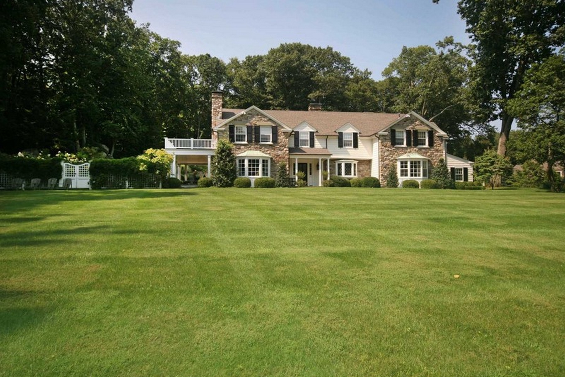 Property For Sale at 1516 Riverbank Road