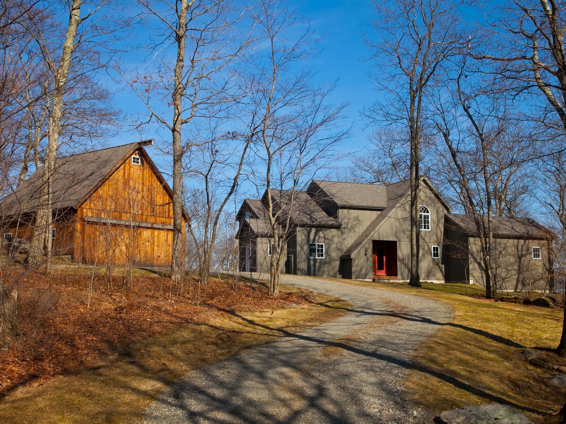 Casa Unifamiliar por un Venta en Iron Mountain Barn 28 Iron Mountain Road Kent, Connecticut 06757 Estados Unidos