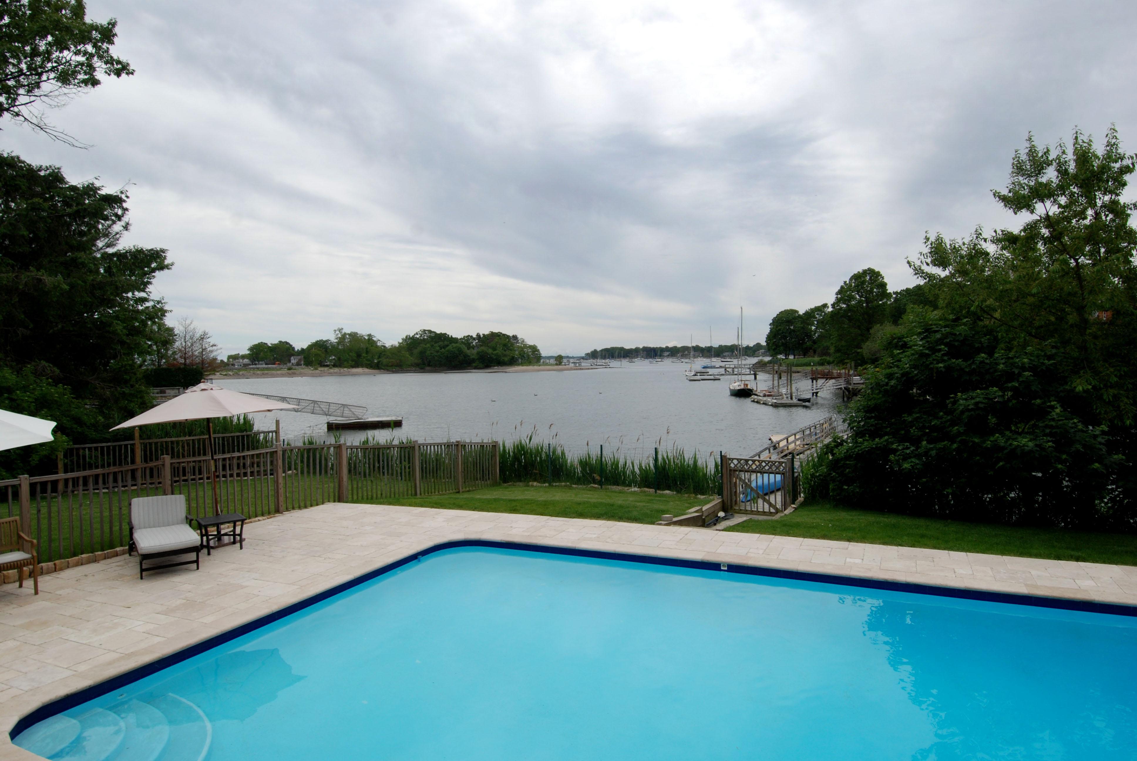 rentals property at Fabulous Waterfront Rental