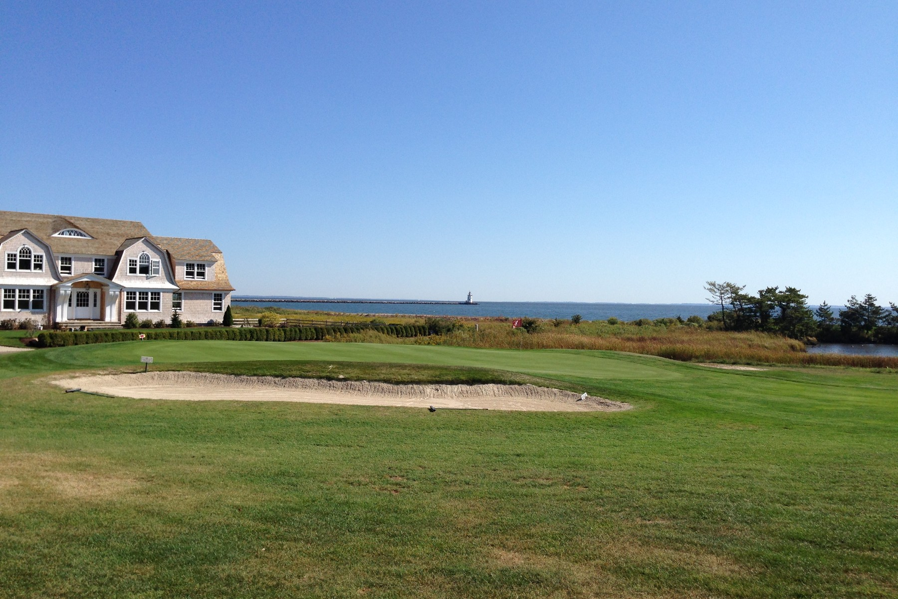 Additional photo for property listing at Surrounded by Water on 3 Sides 102b Sequassen Ave Old Saybrook, Connecticut 06475 United States