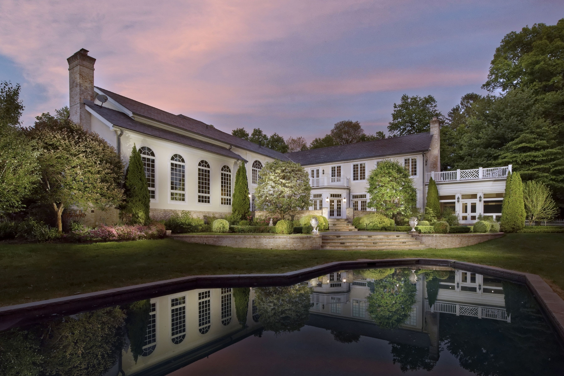 Casa para uma família para Venda às 32 Beverly Road Purchase, Nova York 10577 Estados Unidos