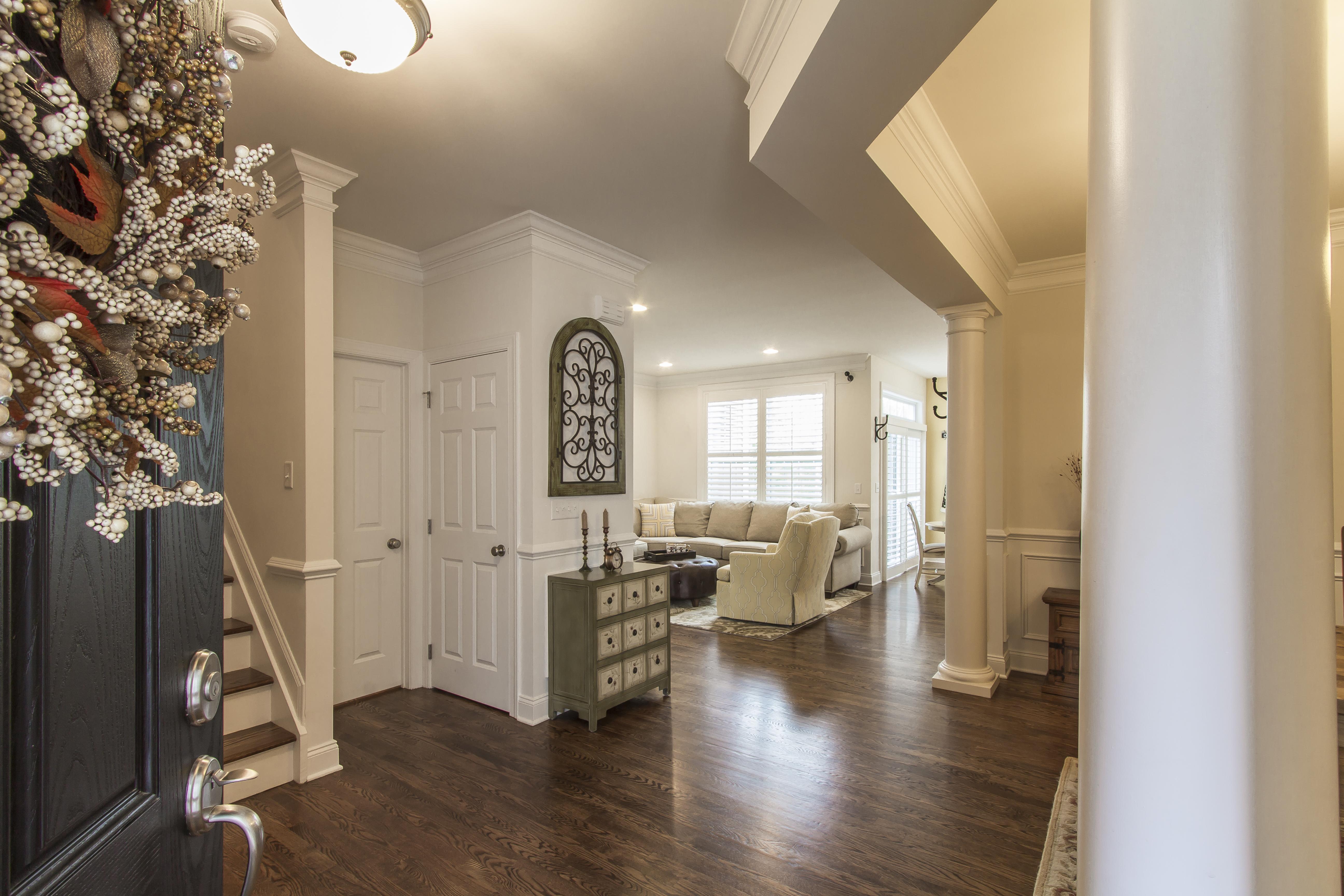 共管式独立产权公寓 为 销售 在 Luxury Resort Living 114 Warrington Round 114 丹伯里, 康涅狄格州, 06810 美国