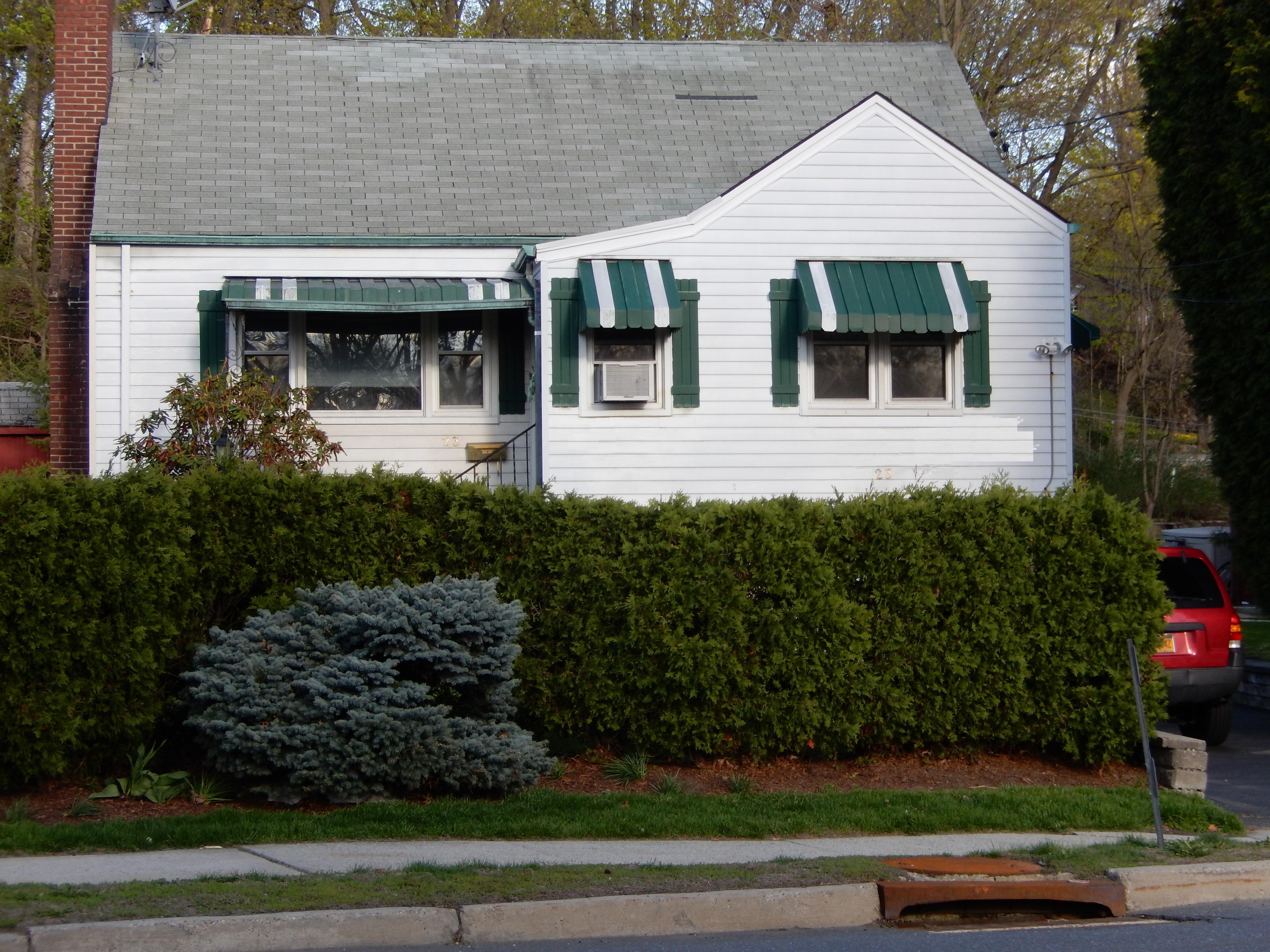 Vivienda unifamiliar por un Venta en Cozy Cape 23 North Ridge Street Rye Brook, Nueva York 10573 Estados Unidos