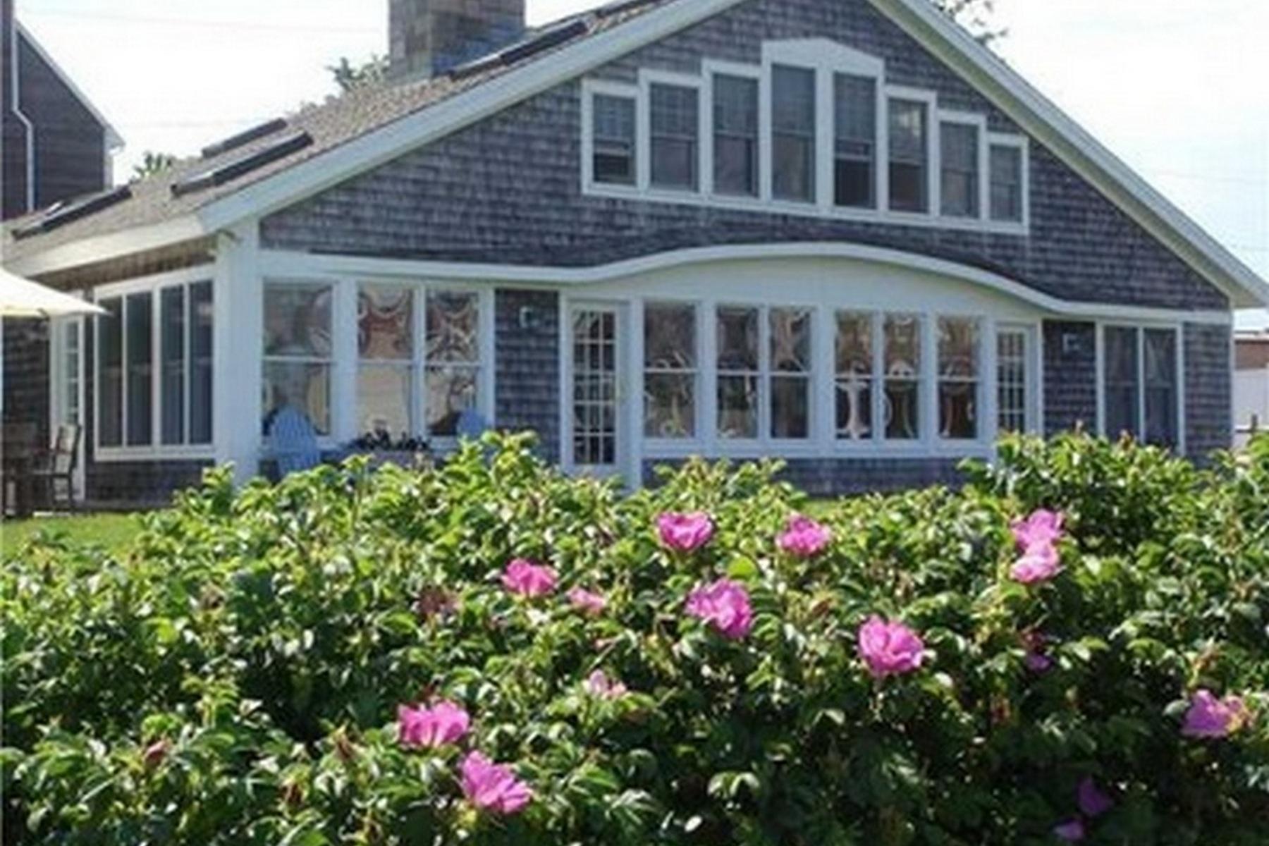 Einfamilienhaus für Verkauf beim 35 Vineyard Ave Guilford, Connecticut 06437 Vereinigte Staaten