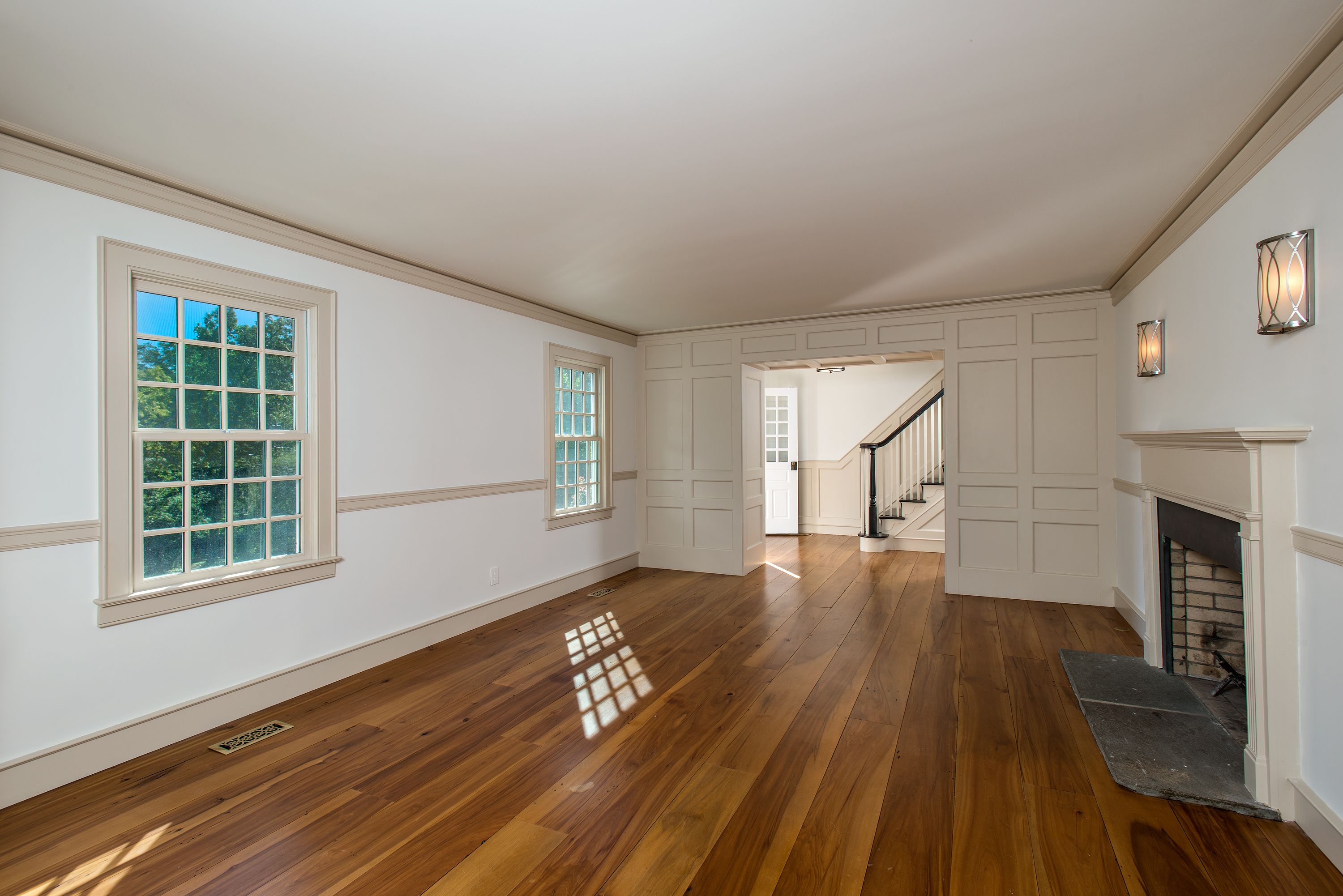 Additional photo for property listing at 215 Cross Ridge Road  New Canaan, Connecticut 06840 United States