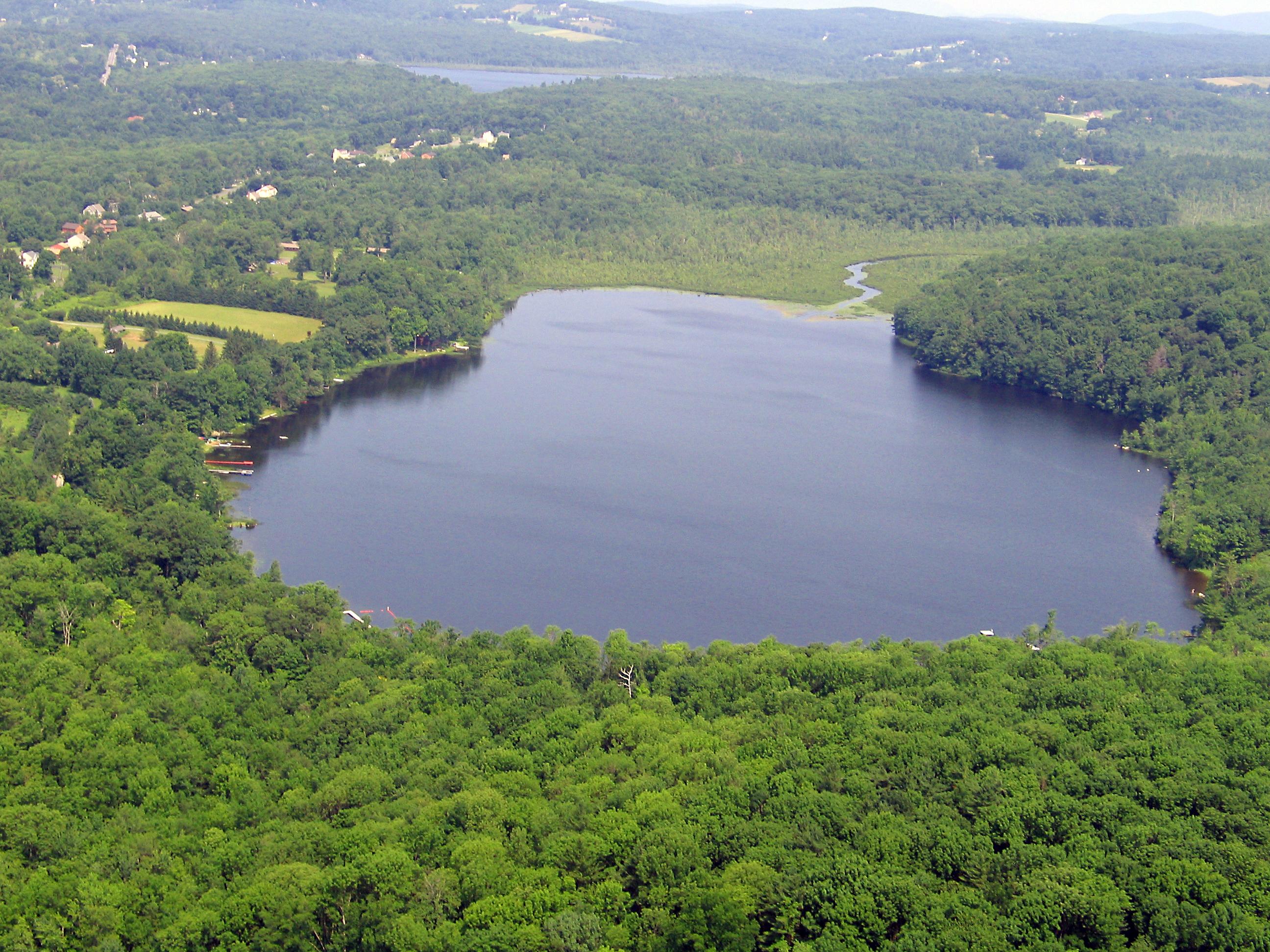 Terreno per Vendita alle ore Last of it's Kind Waterfront 46 Town Hill Rd Goshen, Connecticut, 06756 Stati Uniti