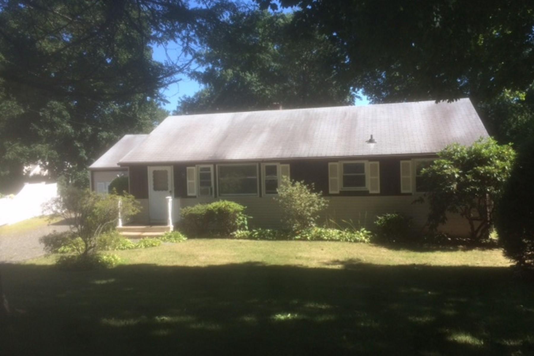 獨棟家庭住宅 為 出售 在 West Norwalk 4 Flintlock Road Norwalk, 康涅狄格州 06850 美國