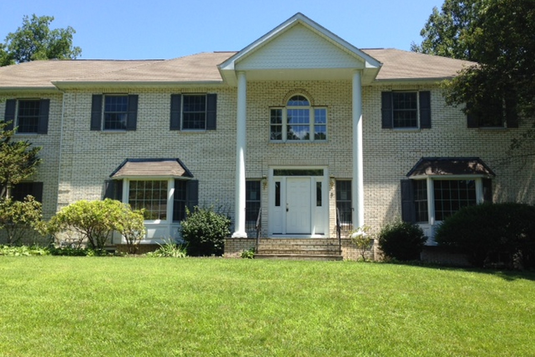 Property For Sale at Greenwich Colonial