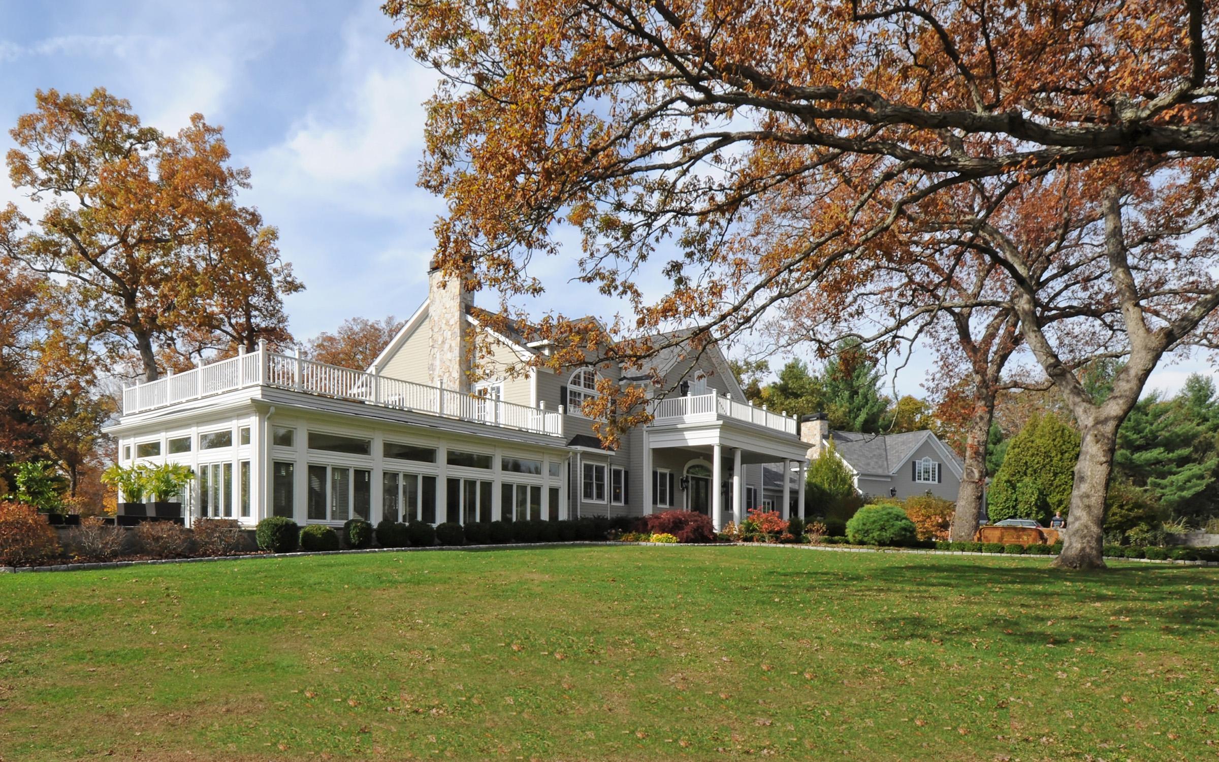Maison unifamiliale pour l Vente à Exquisite Estate 44 Lillis Road New Milford, Connecticut 06776 États-Unis