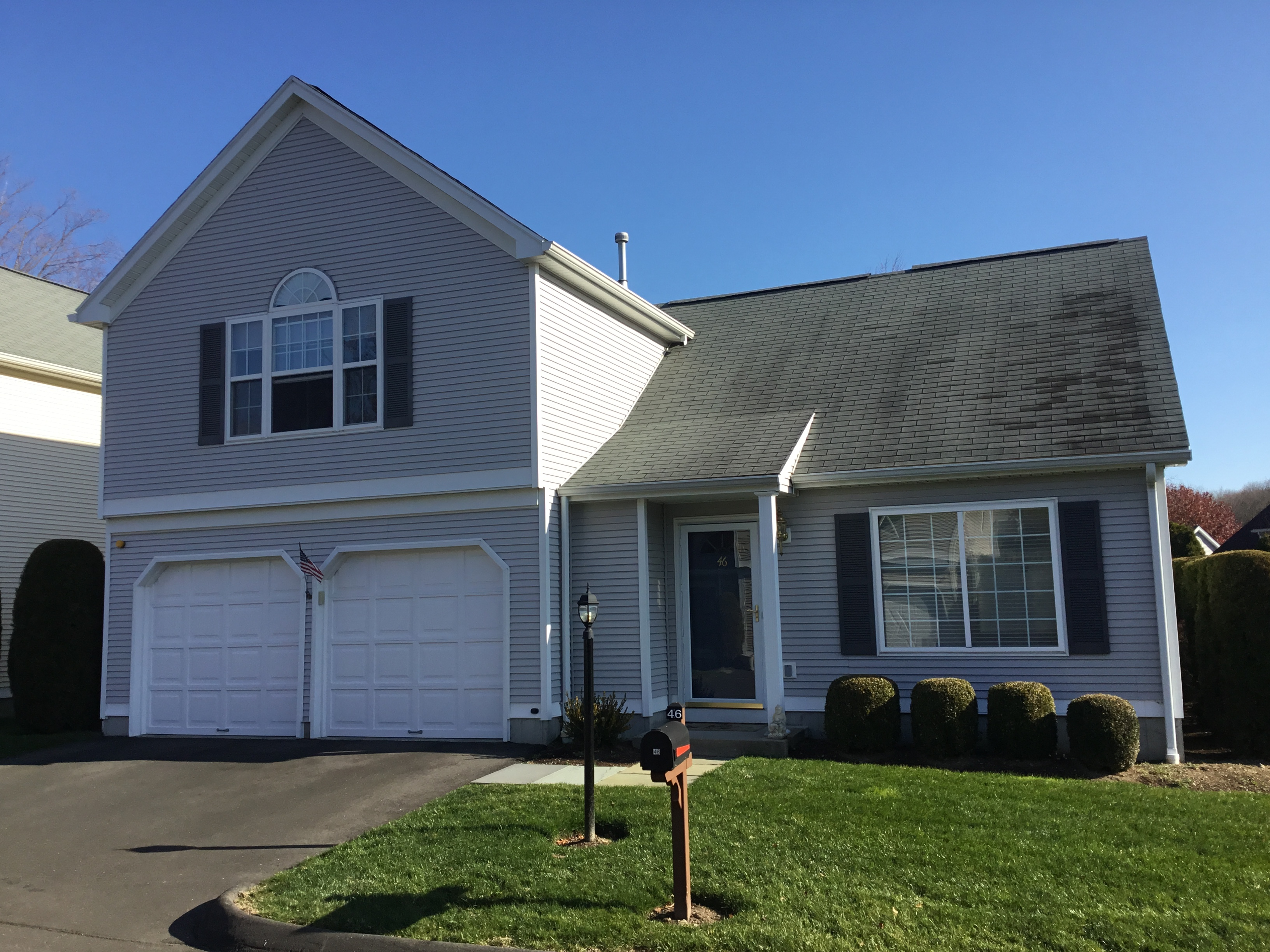 sales property at Stonebrook Colonial