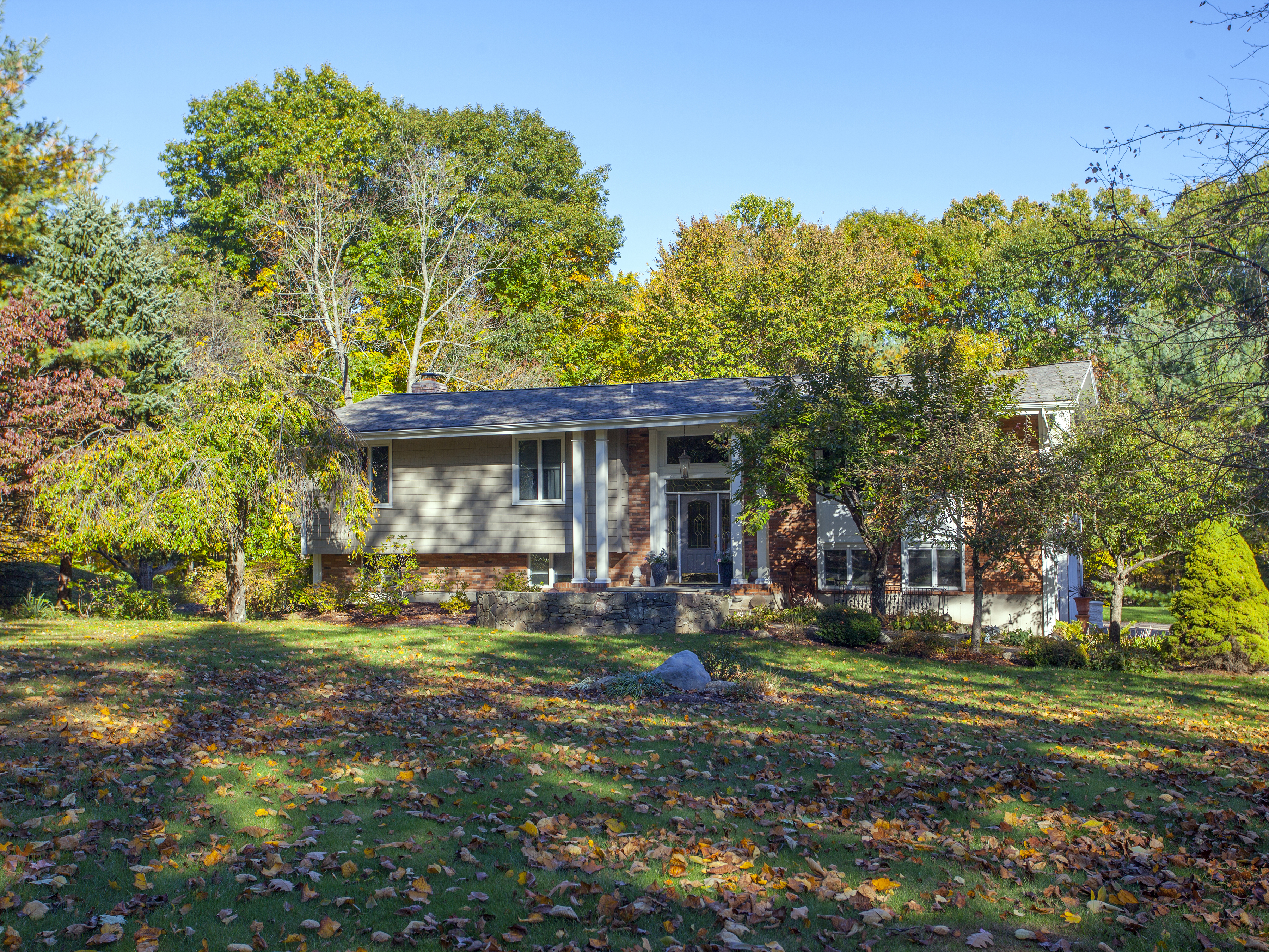 Single Family Home for Sale at Updated Throughout 7 Cold Spring Road New Fairfield, Connecticut, 06812 United States