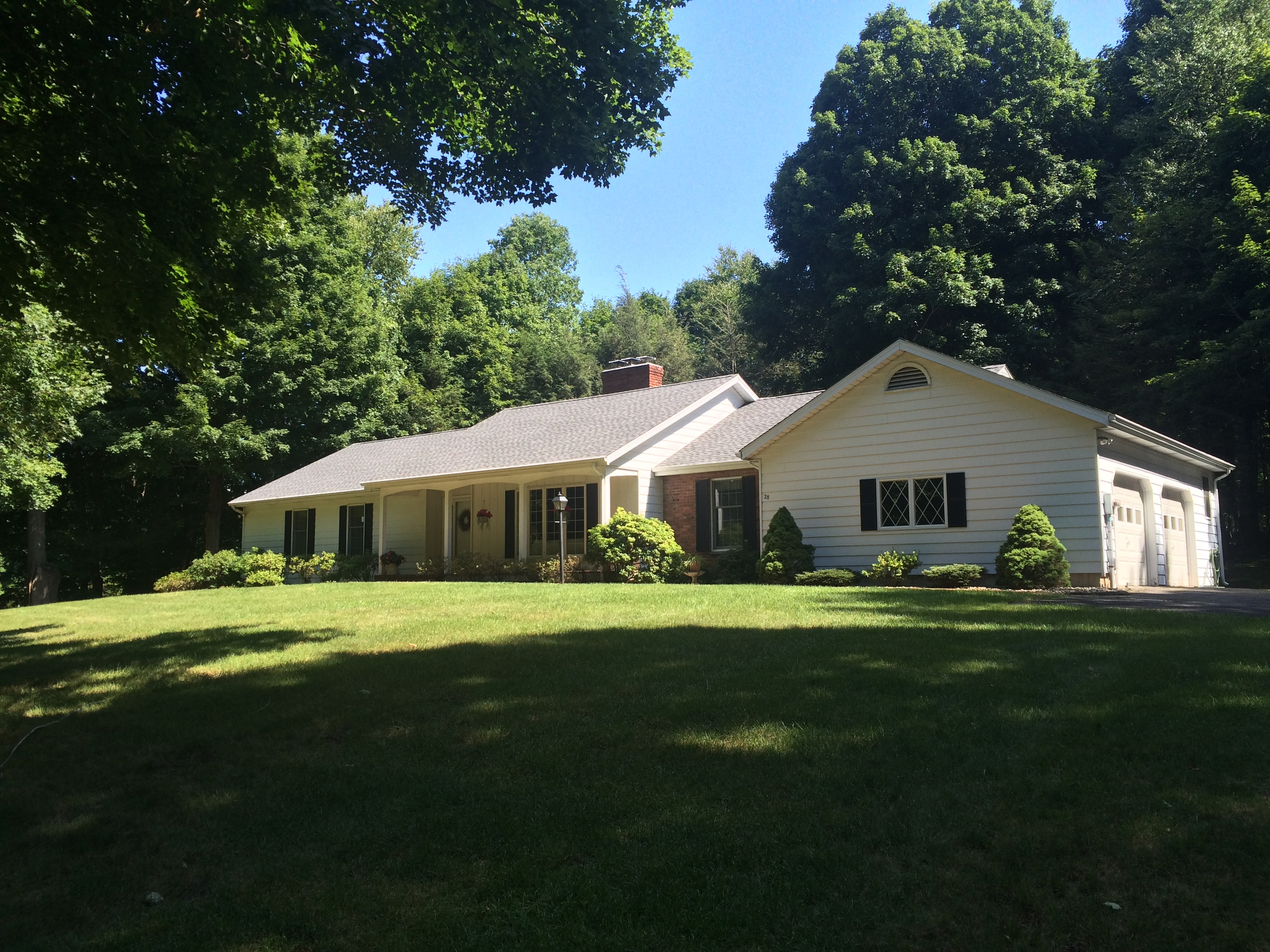 Single Family Home for Sale at Westside Ranch 28 Wintergreen Hill Road Danbury, Connecticut 06811 United States
