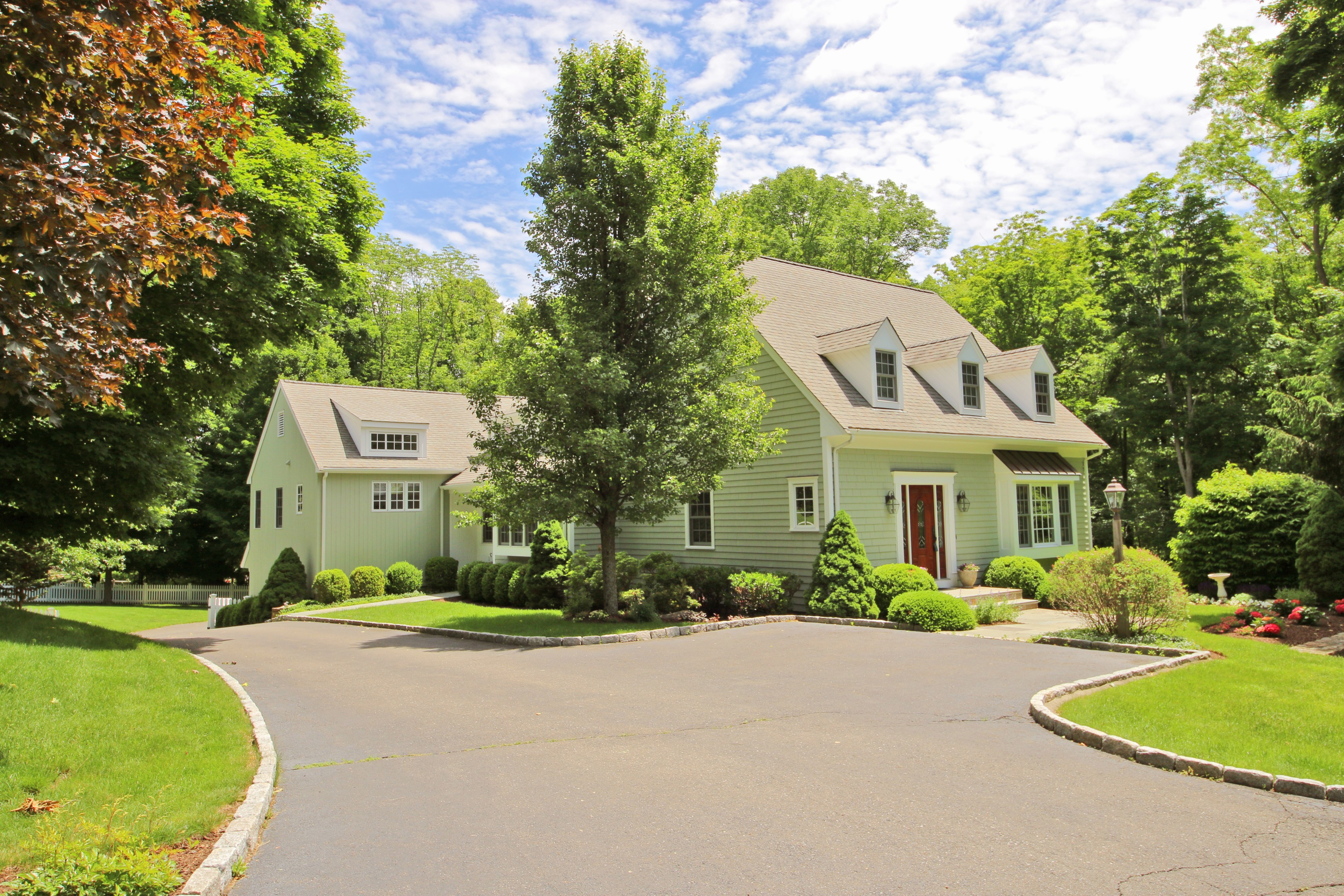 Single Family Home for Sale at Top In-town Location 22 Oak Knoll Road Ridgefield, Connecticut 06877 United States
