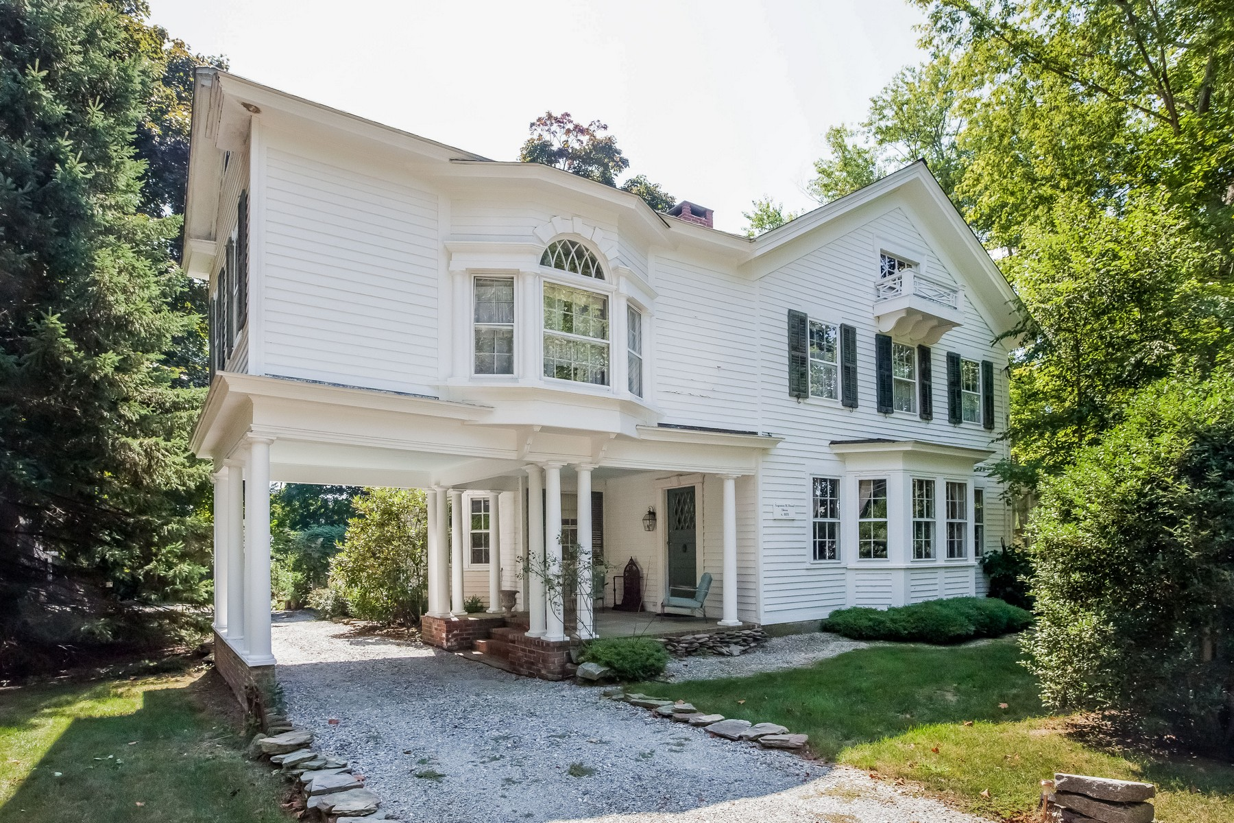 Single Family Home for Sale at One of a Kind Historic 1820 Estate 318 Boston Post Rd Madison, Connecticut, 06443 United States