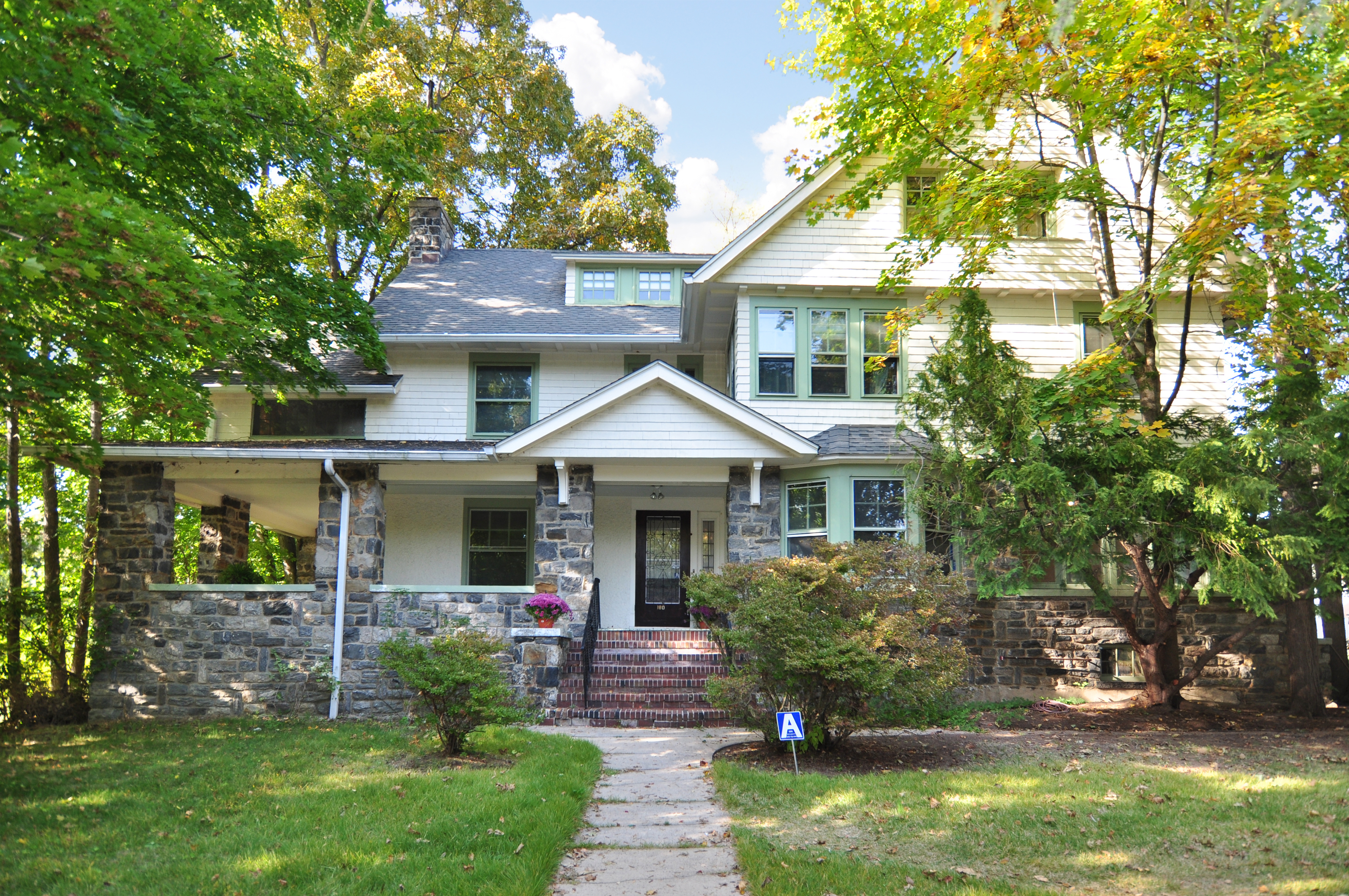 Single Family Home for Sale at Colonial Home in Prestigious Paine Heights 180 Broadview Avenue New Rochelle, New York 10804 United States