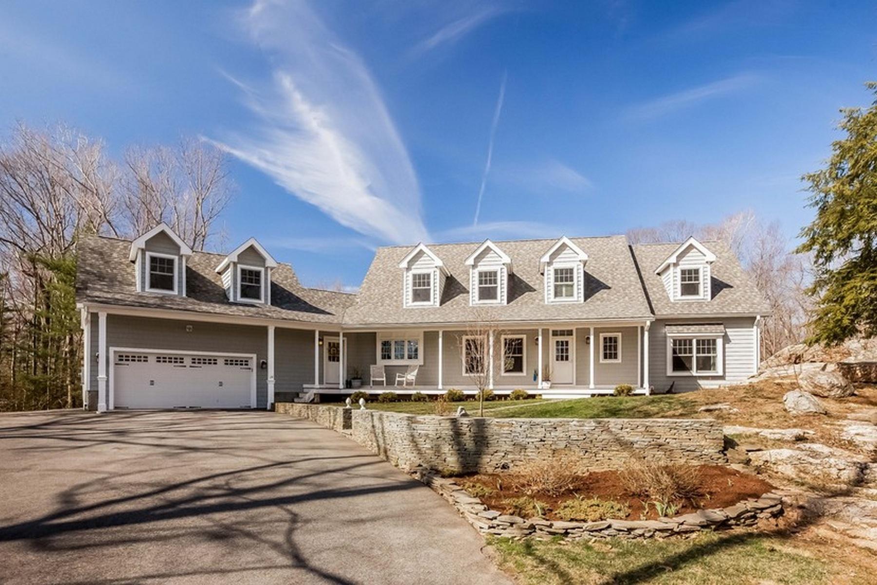 Einfamilienhaus für Verkauf beim 24 Sunset Ridge Dr Guilford, Connecticut 06437 Vereinigte Staaten