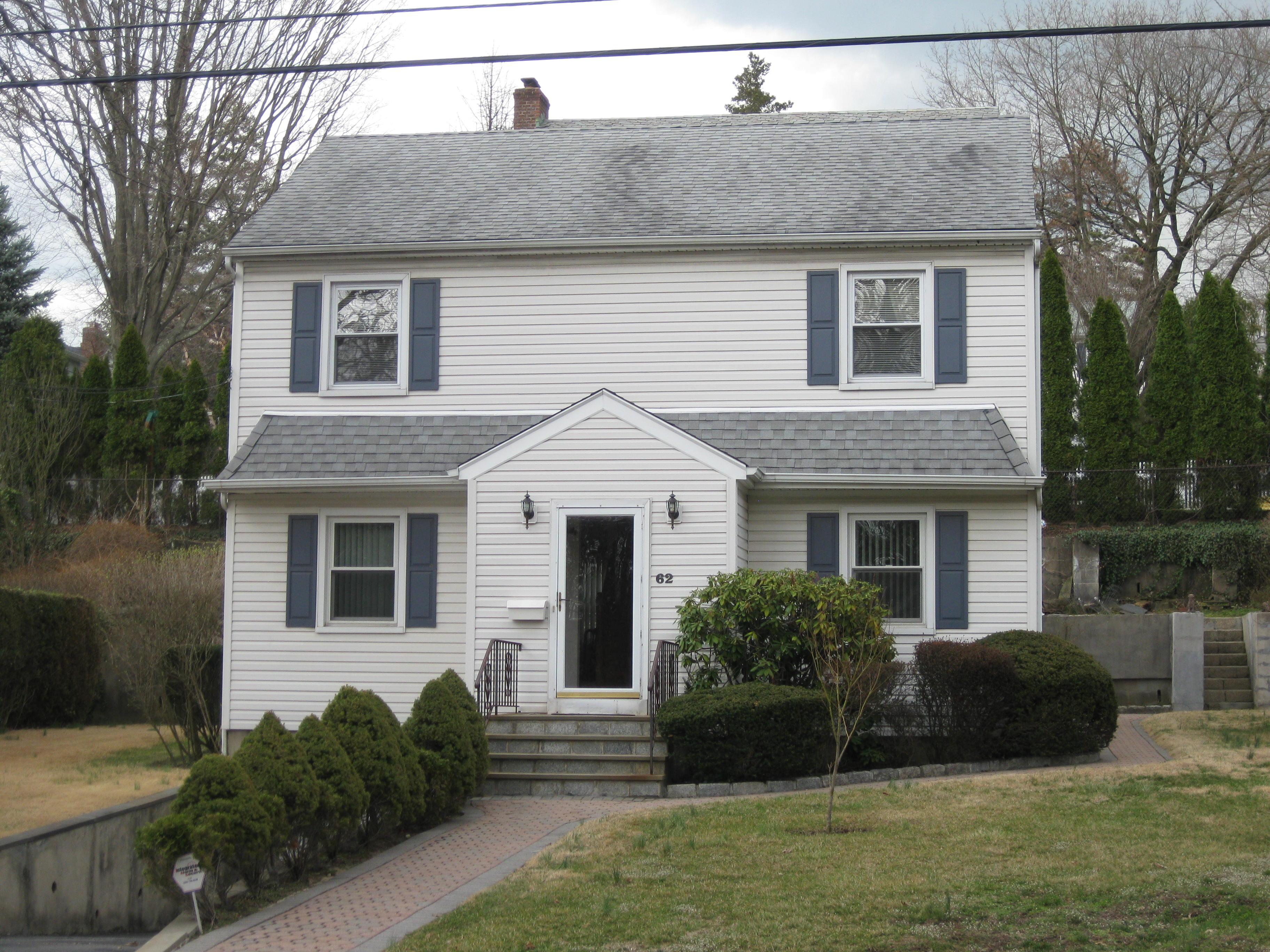 Einfamilienhaus für Verkauf beim Eastchester Colonial 62 Dale Road Eastchester, New York, 10709 Vereinigte Staaten