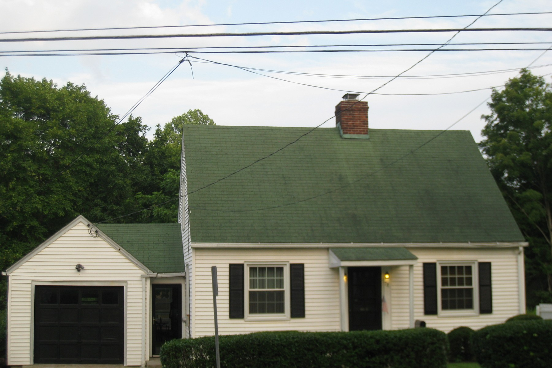 Single Family Home for Sale at Wonderful Condo Alternative! 78 West Wooster Street Danbury, Connecticut, 06810 United States