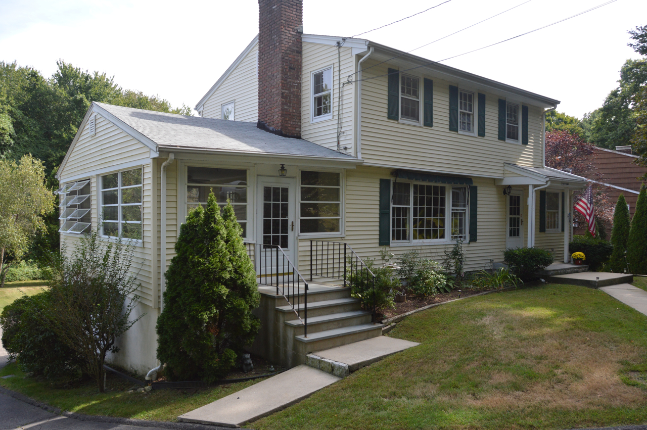 Casa para uma família para Venda às EAST ROCKS 68 East Rocks Road Norwalk, Connecticut 06851 Estados Unidos