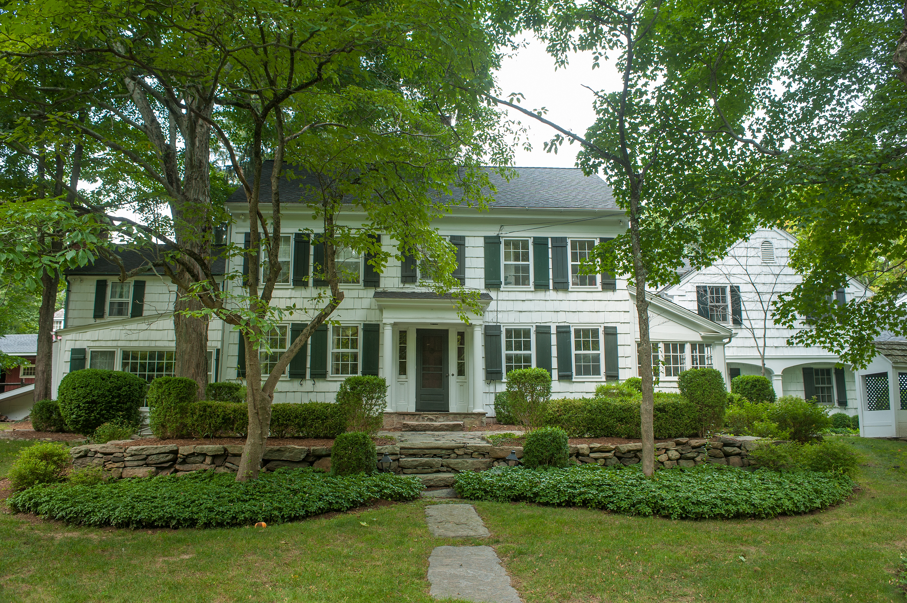 Single Family Home for Sale at An Extraordinary Home And An Extraordinary Property 854 North Wilton Road New Canaan, Connecticut 06840 United States