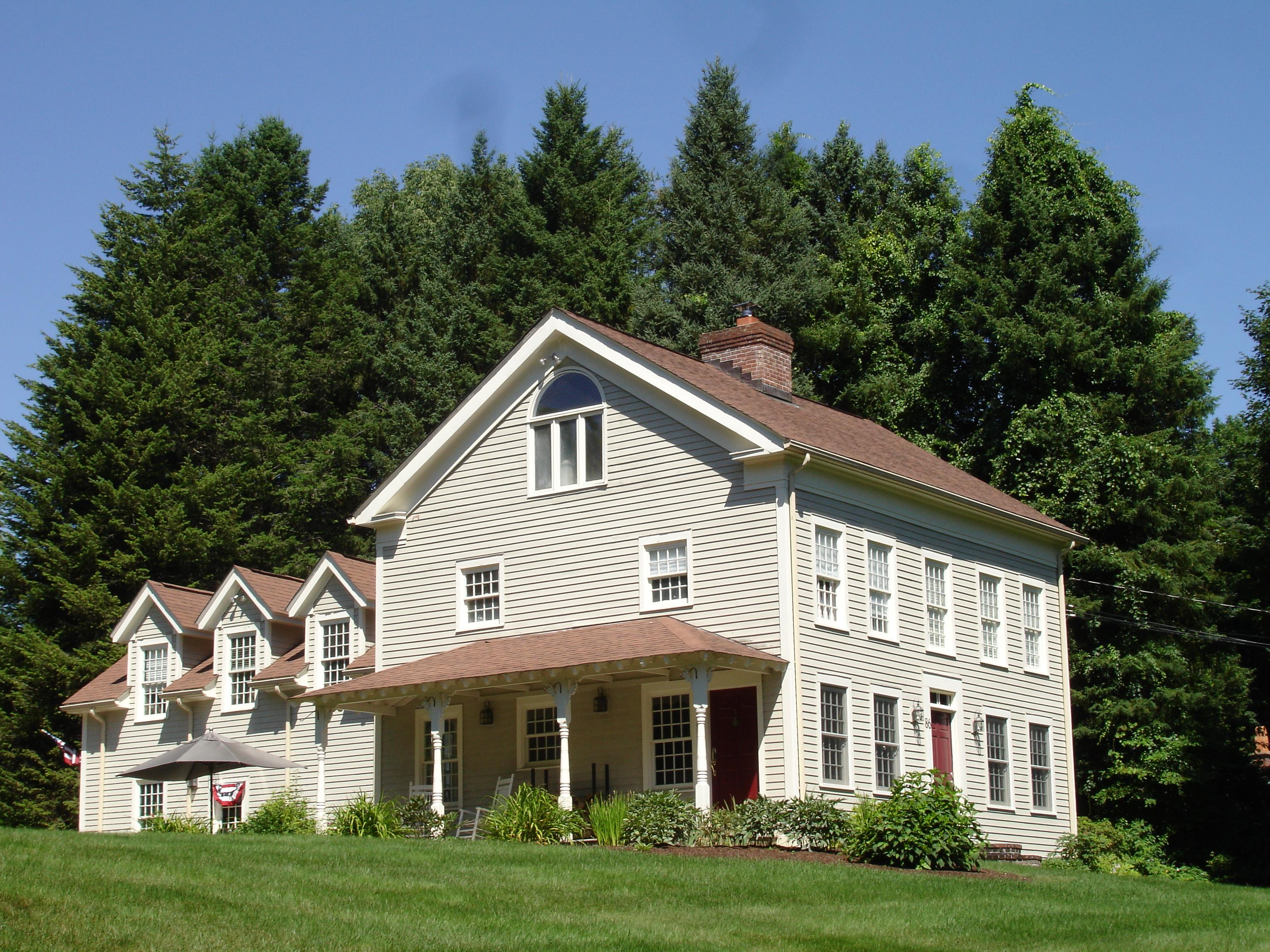 Частный односемейный дом для того Продажа на All The Charm Of Yesteryear 86 Obtuse Road South Brookfield, Коннектикут 06804 Соединенные Штаты