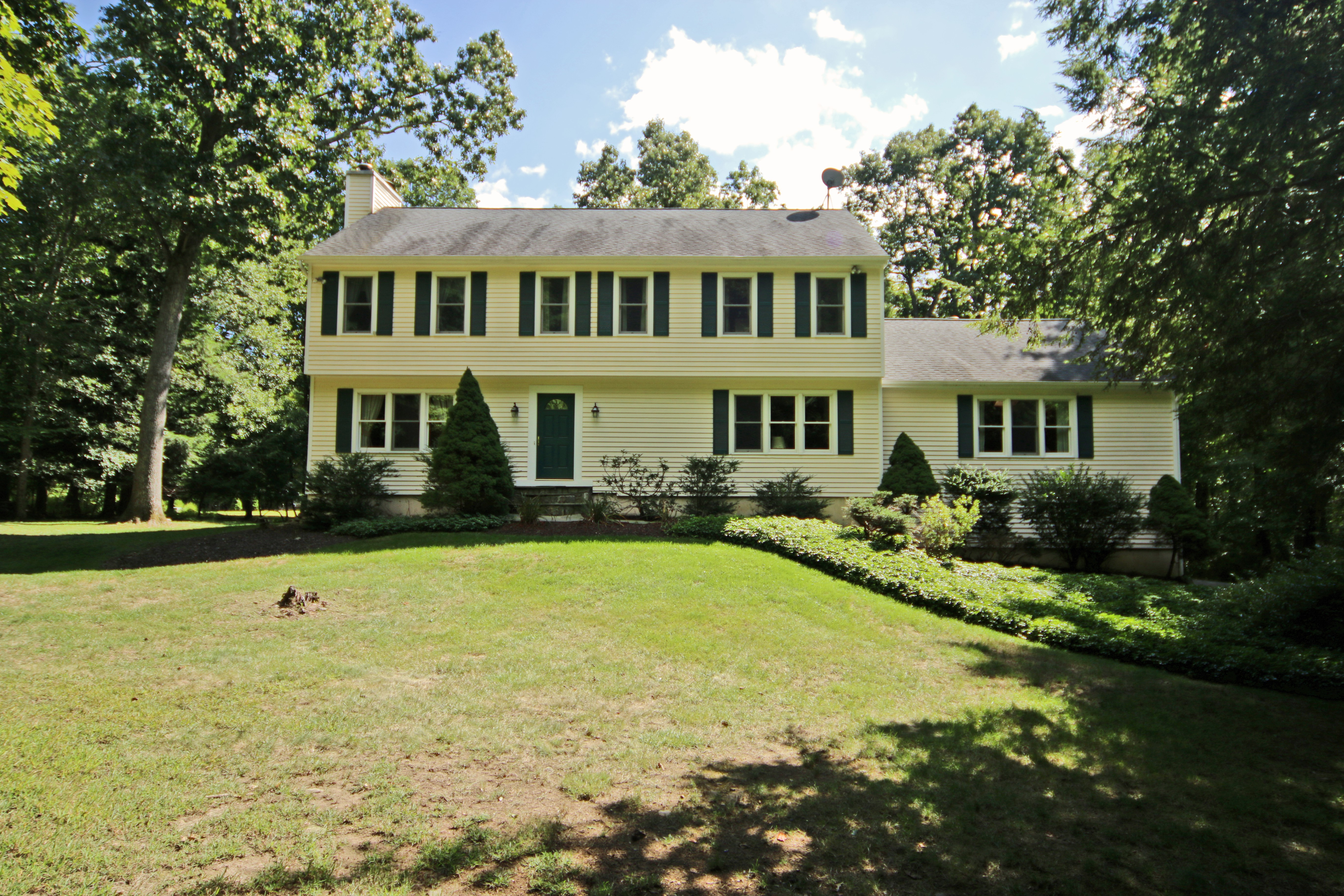 Vivienda unifamiliar por un Venta en Impressive Colonial 387 West Mountain Road Ridgefield, Connecticut 06877 Estados Unidos