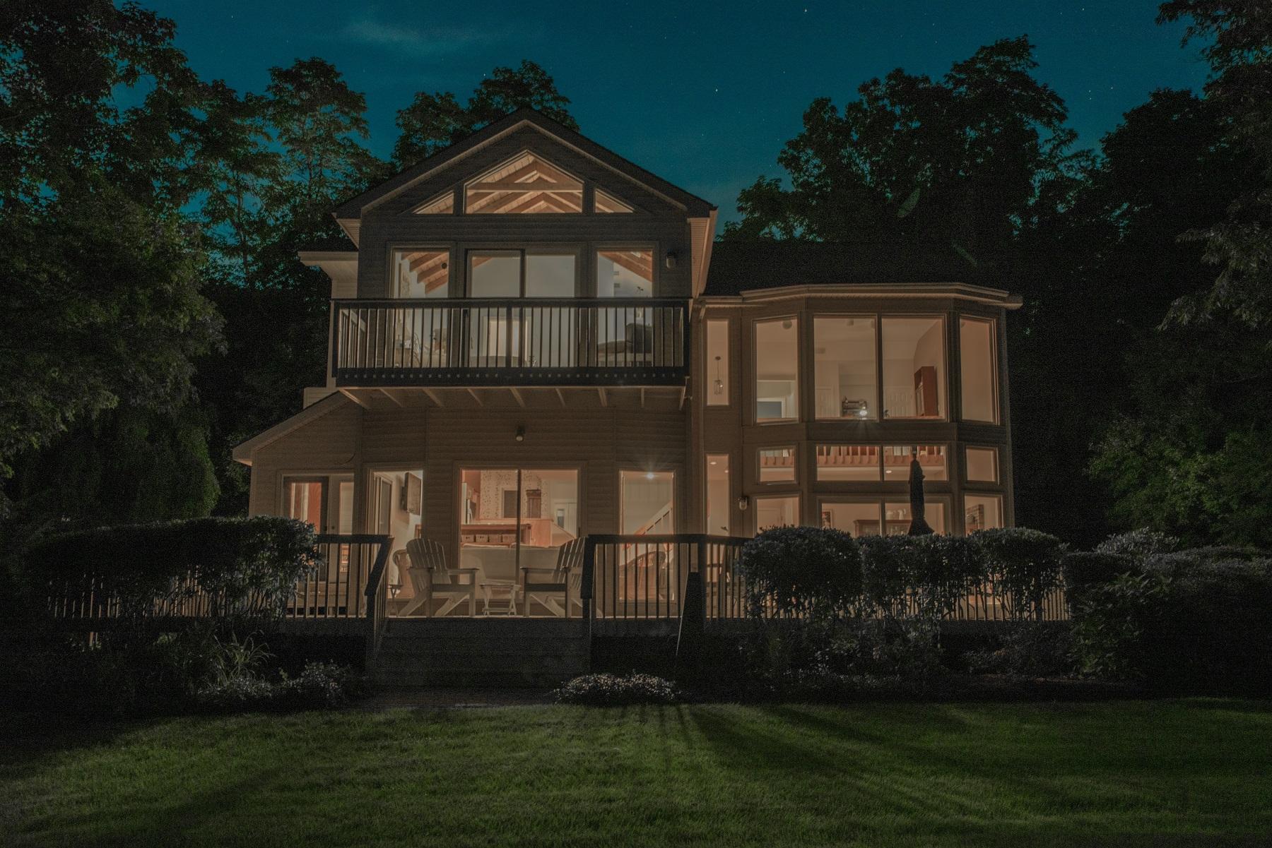 Nhà ở một gia đình vì Bán tại Perfect Primary Residence Or Country Retreat 159 Ayers Point Rd Old Saybrook, Connecticut, 06475 Hoa Kỳ