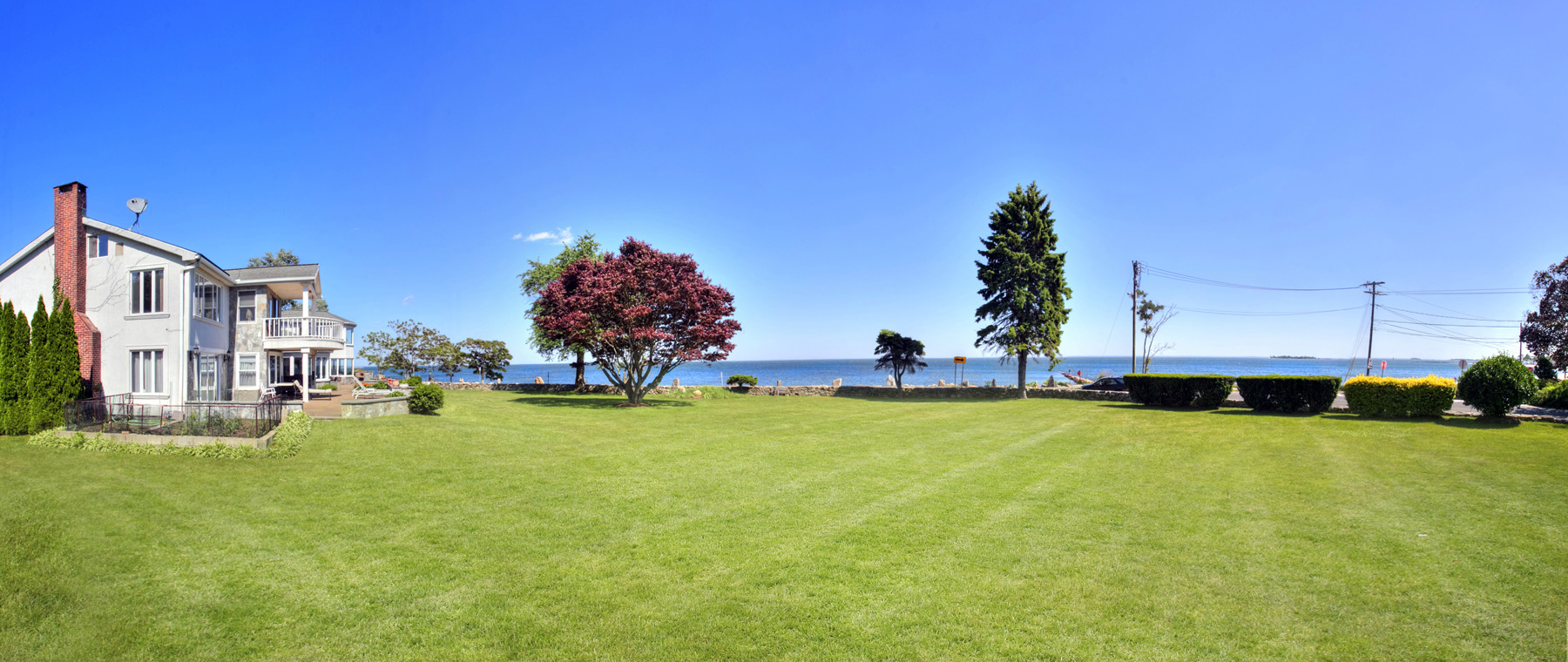 Villa per Vendita alle ore Compo Beach Waterfront 8 Bluewater Lane Westport, Connecticut, 06880 Stati Uniti