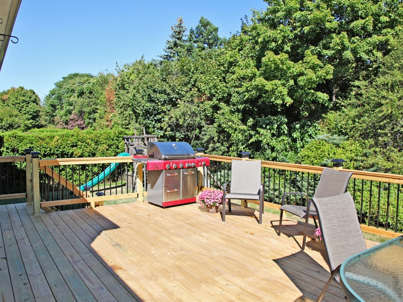 Single Family Home for Sale at Bright & Sunny 6 Theresa Lane Harrison, New York 10528 United States