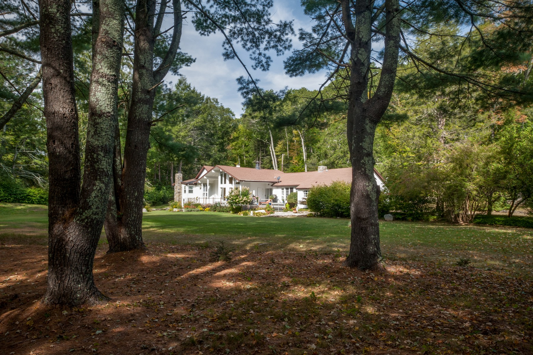 Single Family Home for Sale at Modern Meets Country 35 Beaver Brook Road Lyme, Connecticut 06371 United States