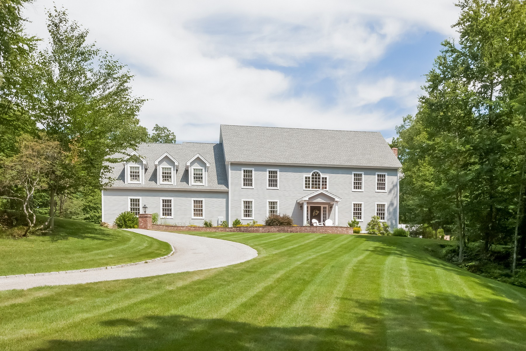 Property For Sale at Immaculate Colonial on 7.4 Acres