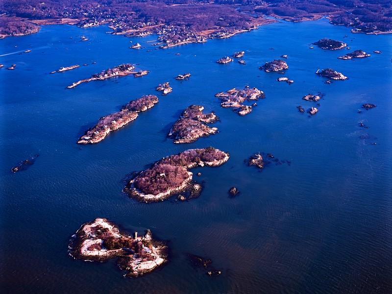 Einfamilienhaus für Verkauf beim Best Buy in the Thimble Islands! 1 Bear Island Branford, Connecticut 06405 Vereinigte Staaten