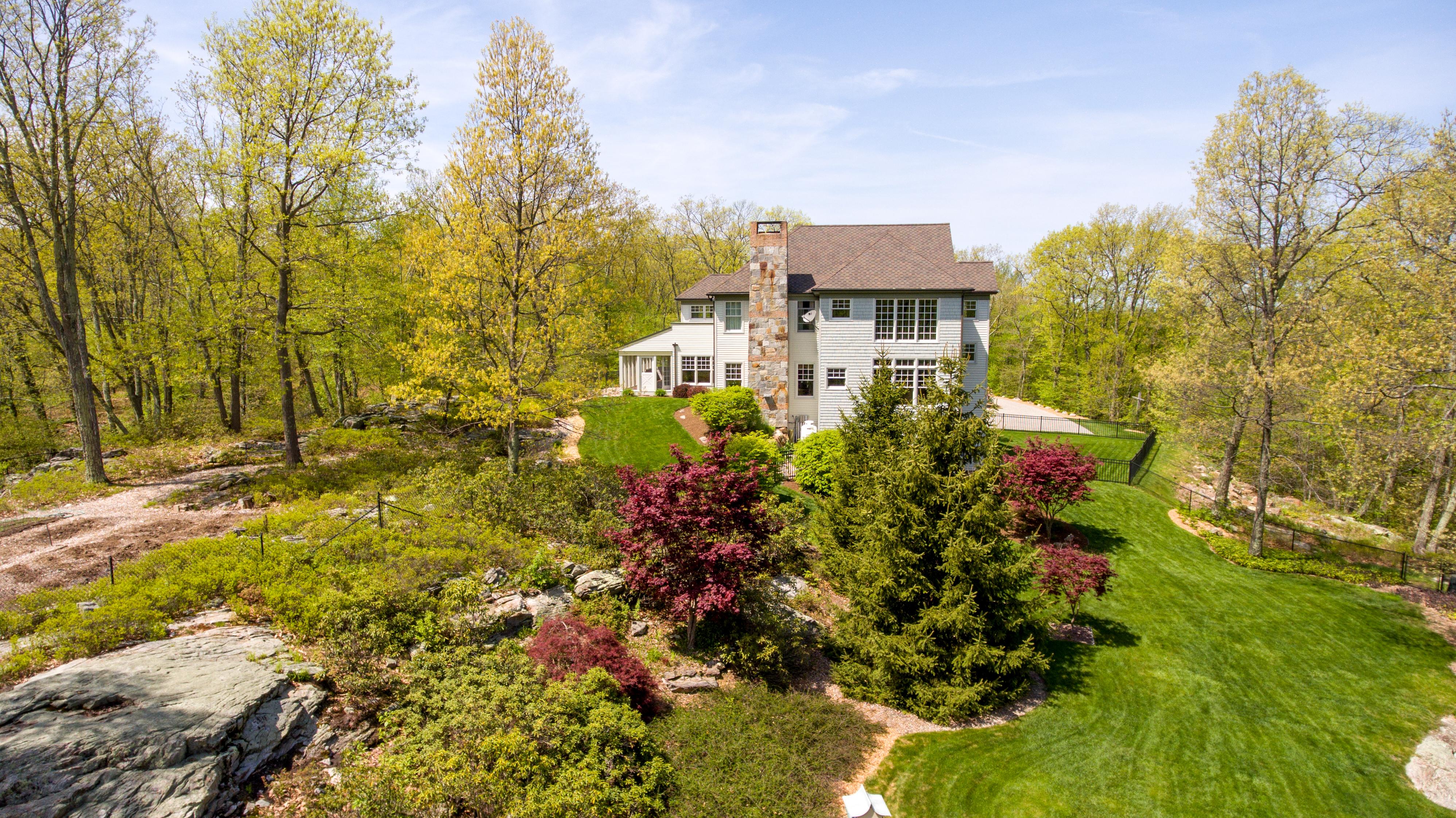 Maison unifamiliale pour l Vente à Mill Pond Estates Masterpiece 2 Mill Pond Rd Sherman, Connecticut 06784 États-Unis
