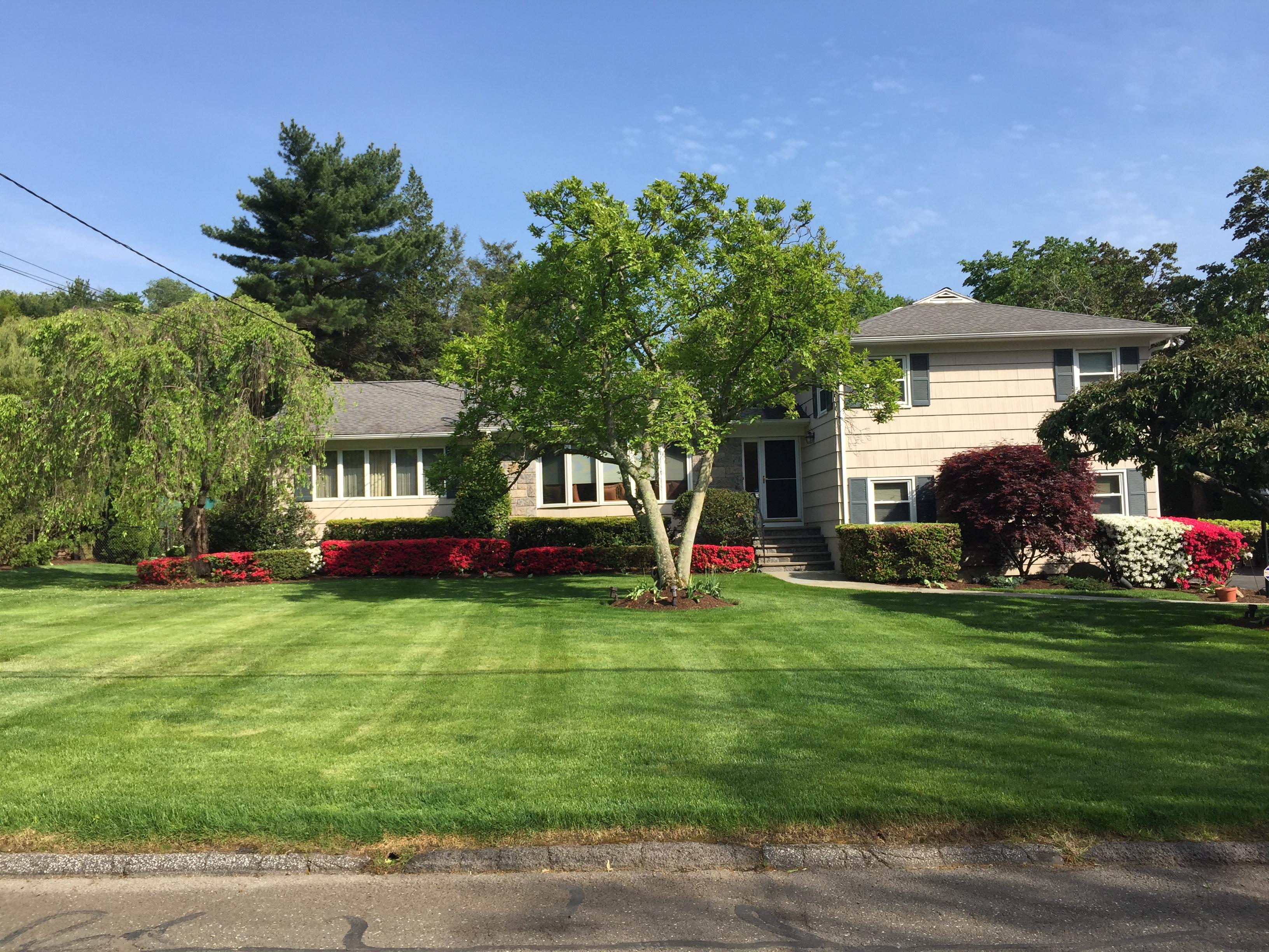 sales property at 6 Lawridge Drive