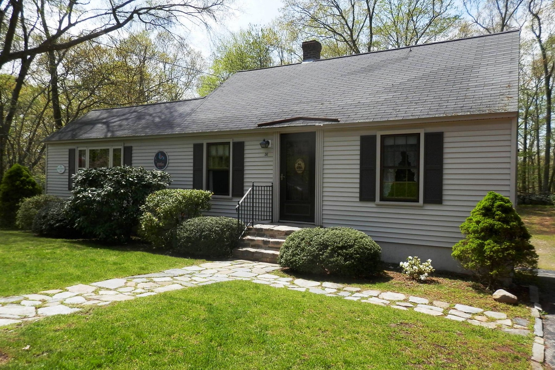 open-houses property at Sweet Cape Close to Village
