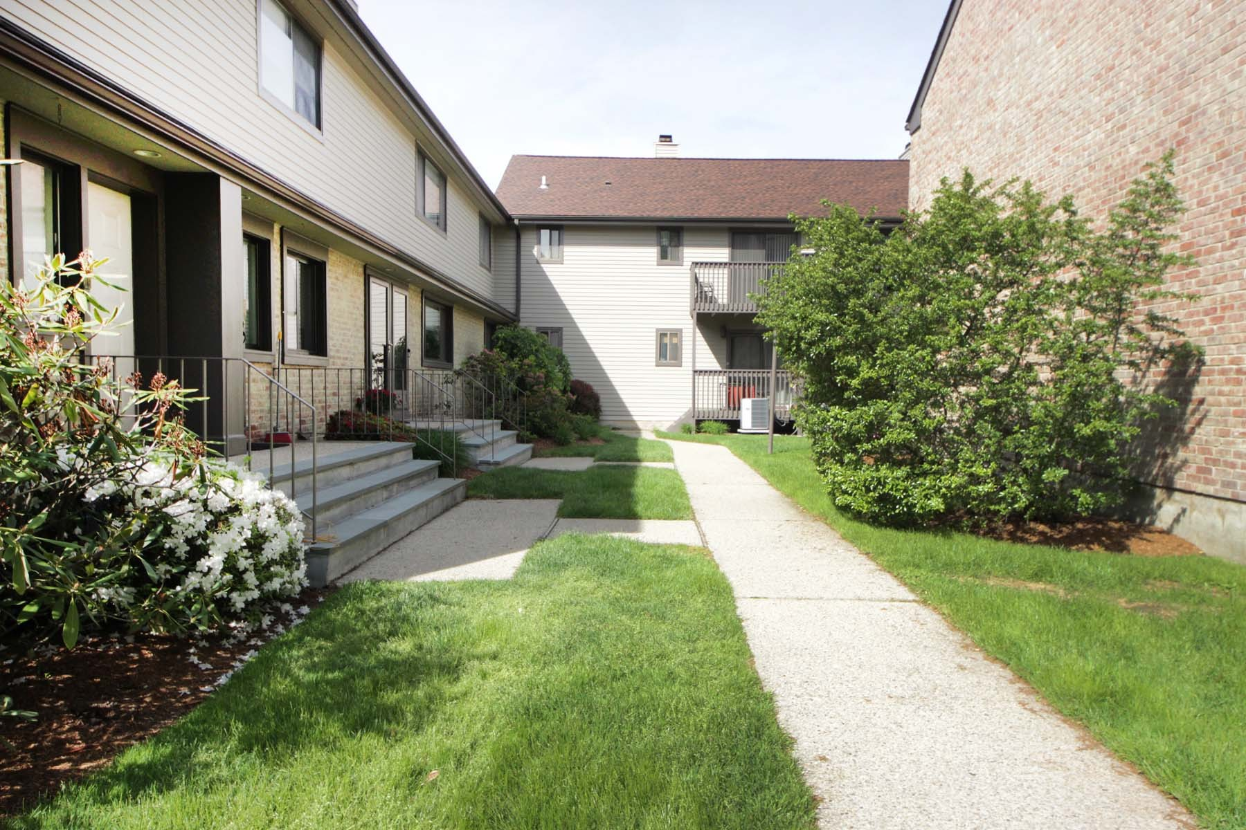 Property For Sale at Chesterfield Condo
