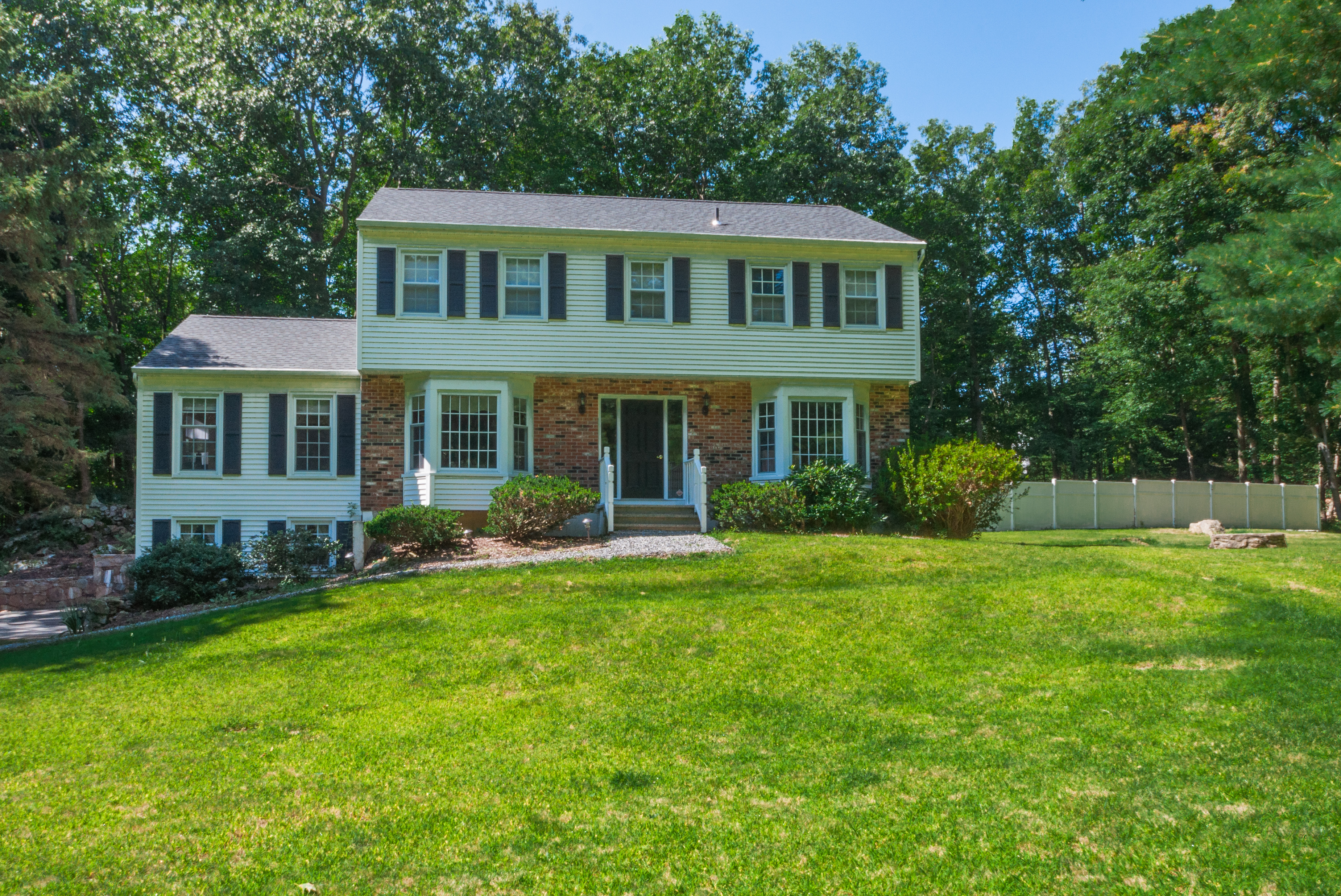 Single Family Home for Sale at Classic Colonial 10 Round Hill Drive Danbury, Connecticut 06811 United States