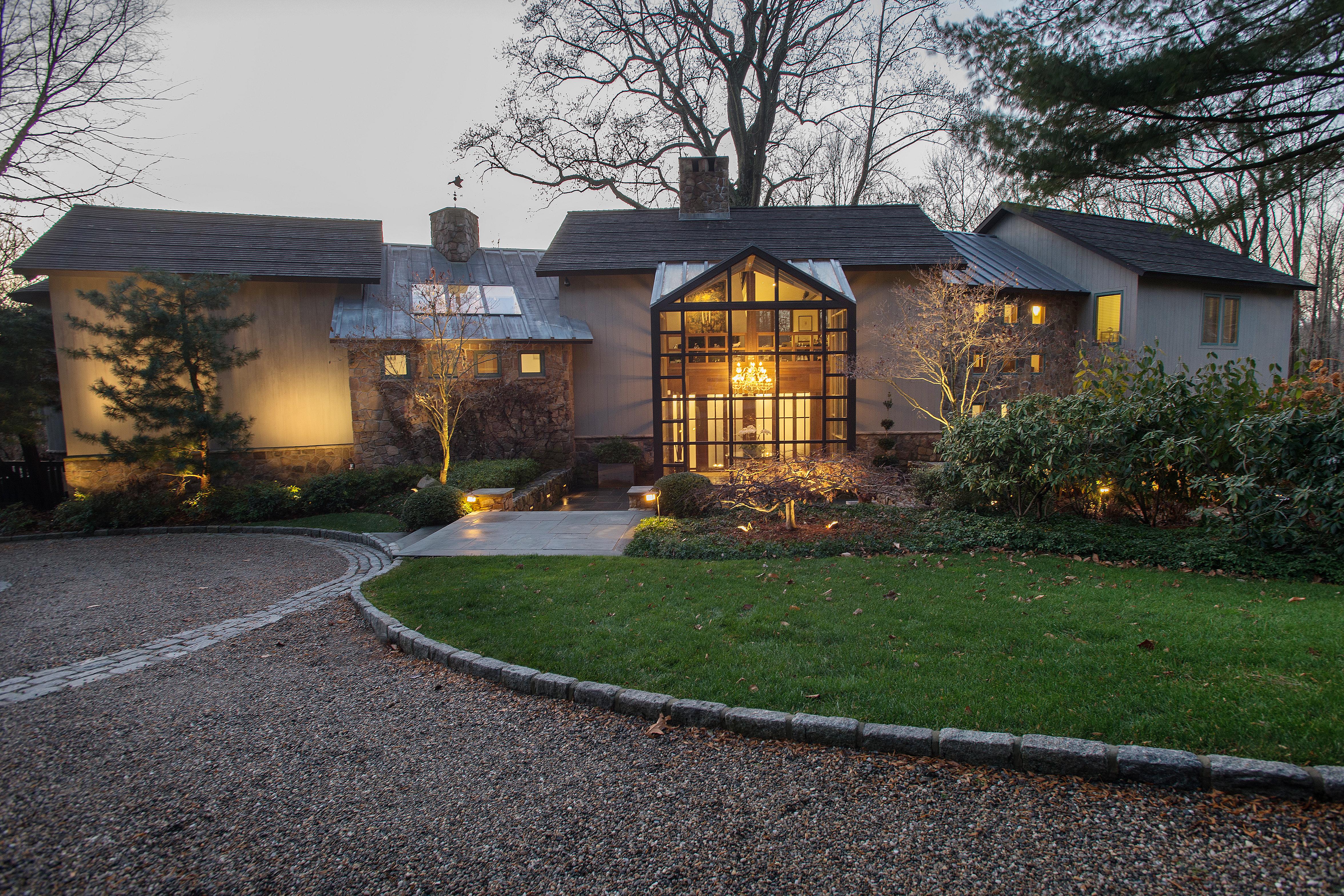 Einfamilienhaus für Verkauf beim Ultimate Retreat 97 Old Boston Road Wilton, Connecticut 06897 Vereinigte Staaten