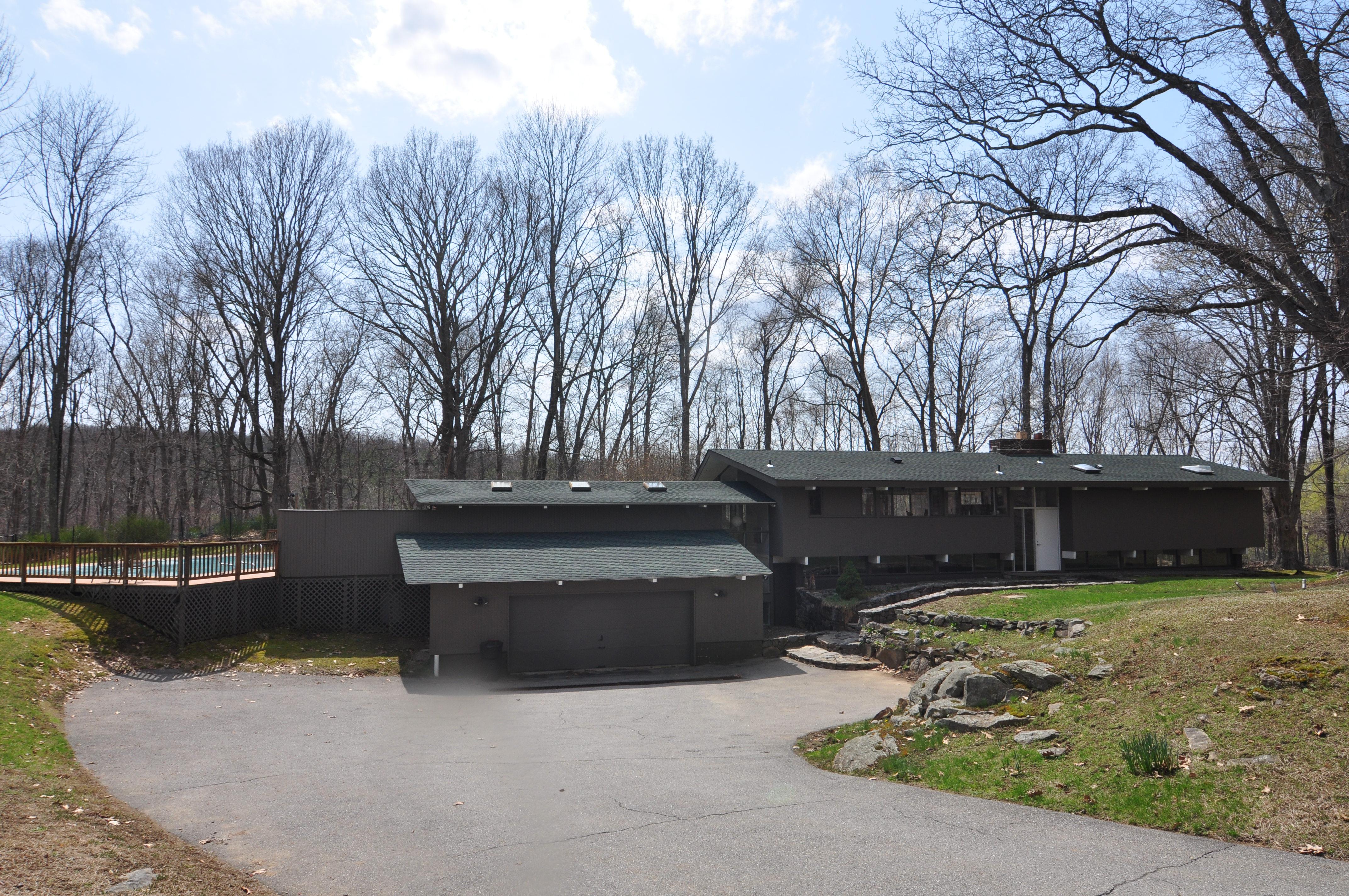 Einfamilienhaus für Verkauf beim Mid-Century Modern is a true delight 134 Todd Road Katonah, New York 10536 Vereinigte Staaten